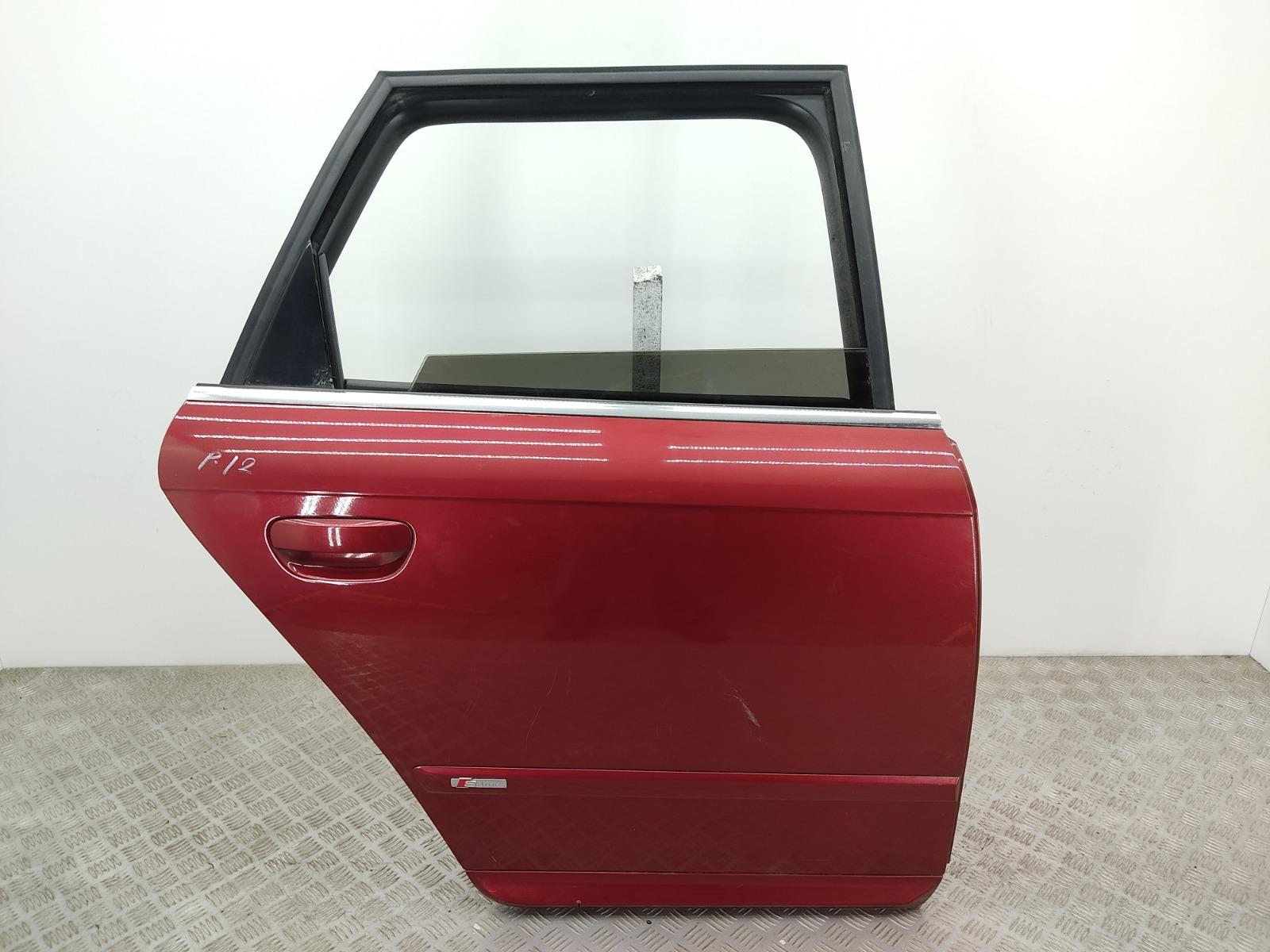 Дверь задняя правая Audi A4 B7 3.0 TDI 2006 (б/у)