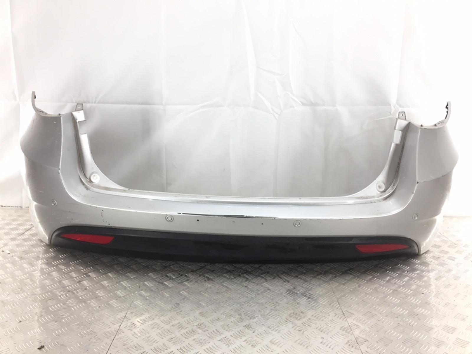 Бампер задний Hyundai I40 1.7 TD 2012 (б/у)