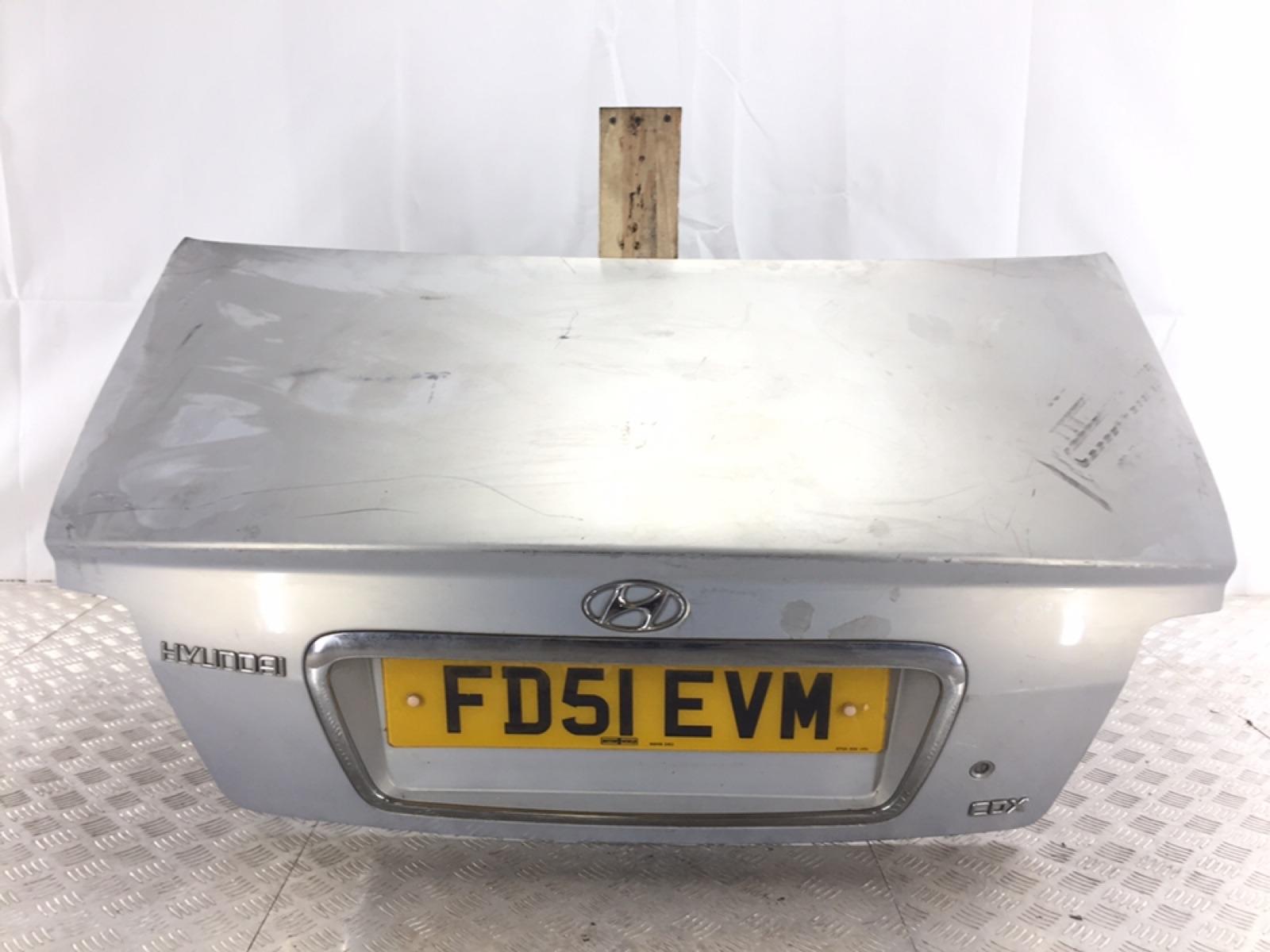 Крышка багажника Hyundai Sonata EF 2.0 I 2001 (б/у)