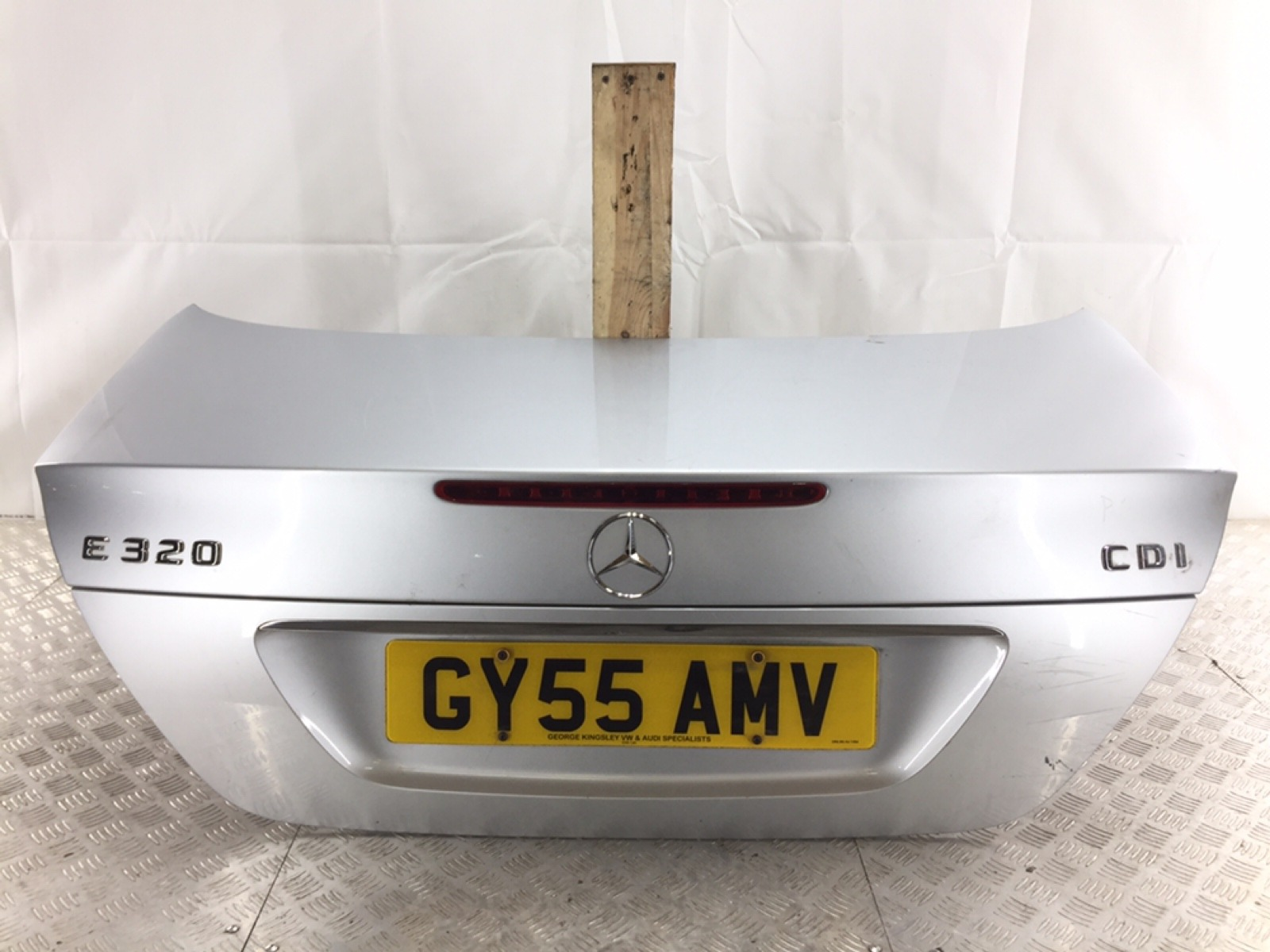 Крышка багажника Mercedes E W211 3.0 CDI 2005 (б/у)