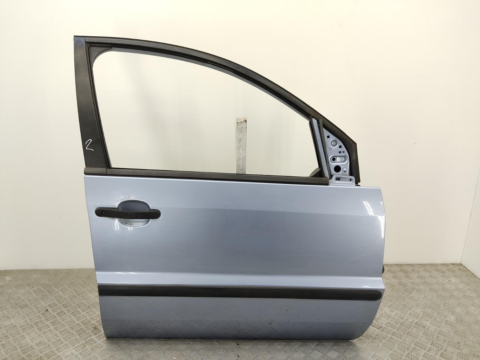 Дверь передняя правая Ford Fusion 1.4 I 2004 (б/у)