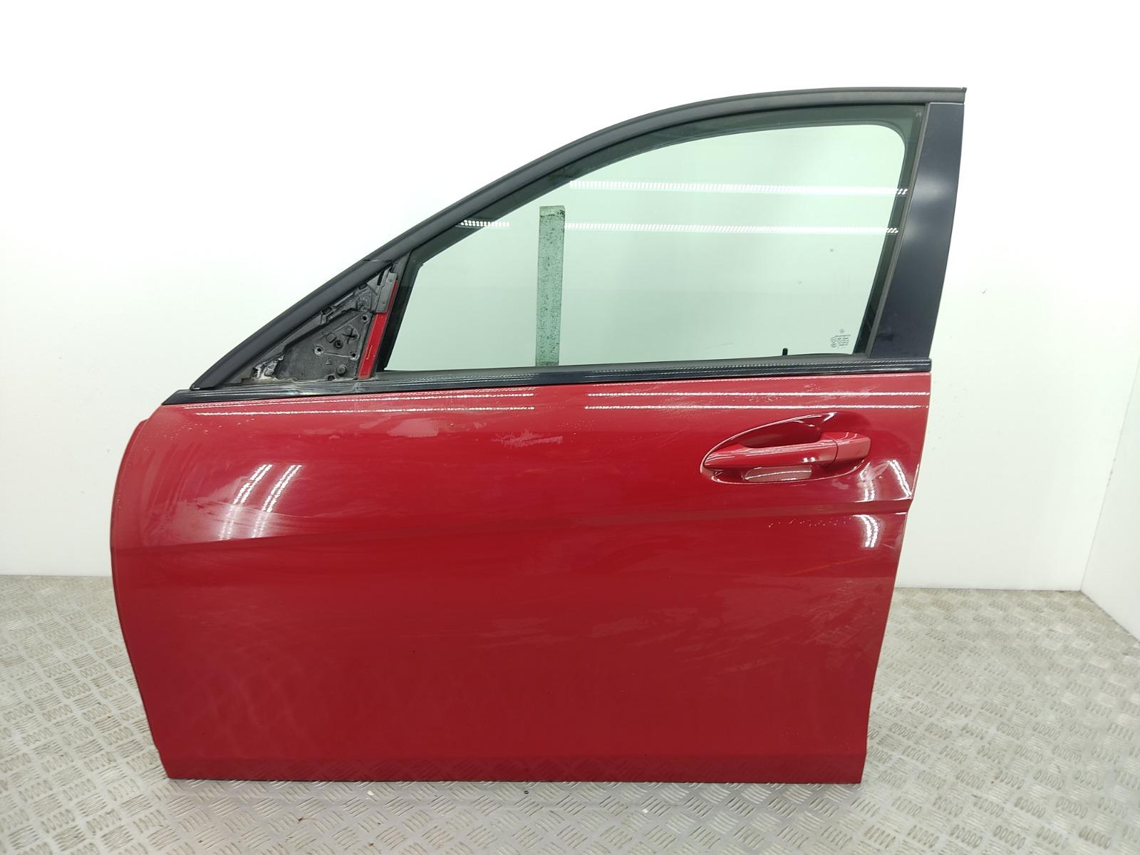 Дверь передняя левая Mercedes C W204 2.2 CDI 2012 (б/у)