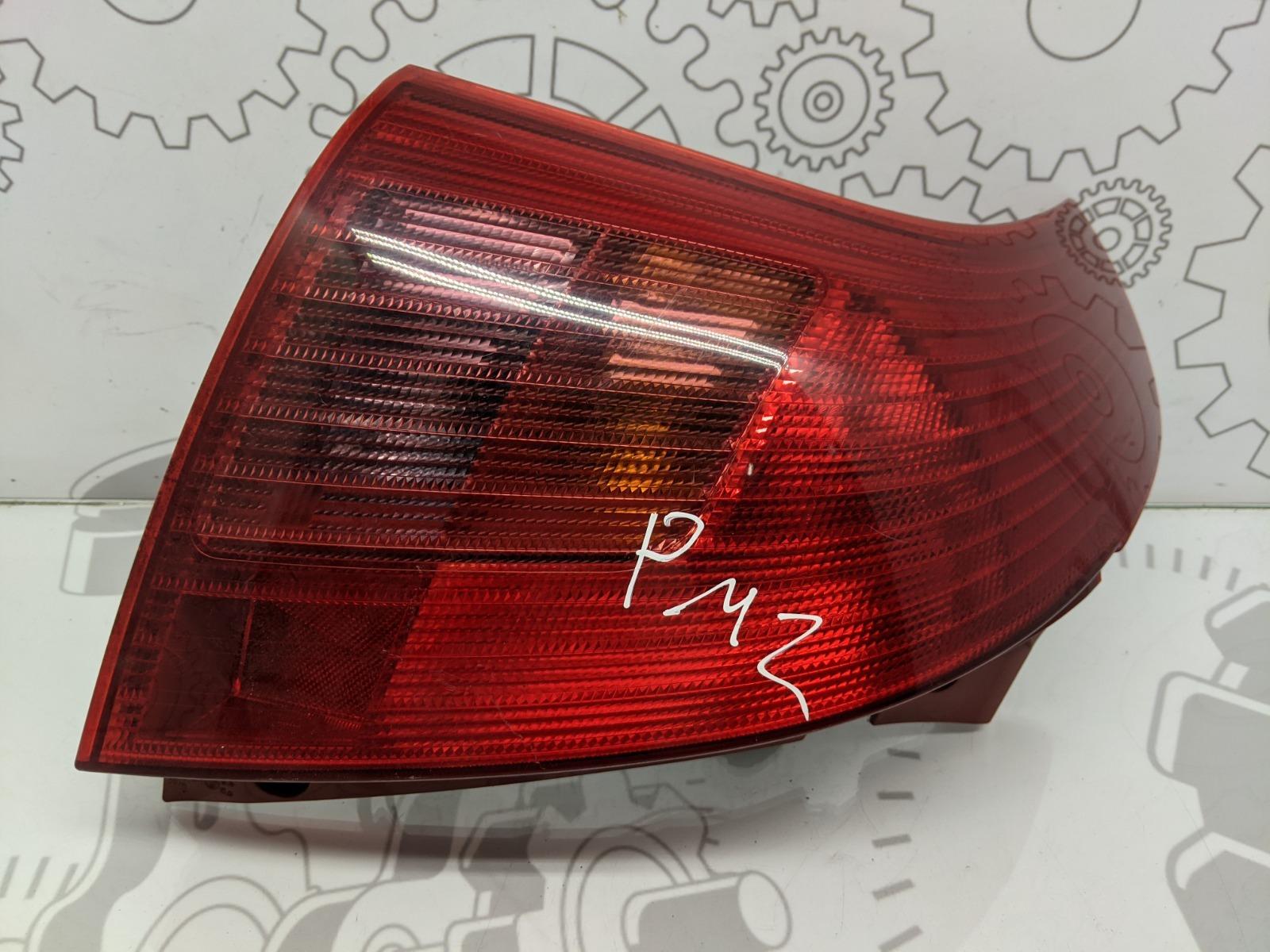 Фонарь задний правый Suzuki Swift 1.5 I 2005 (б/у)