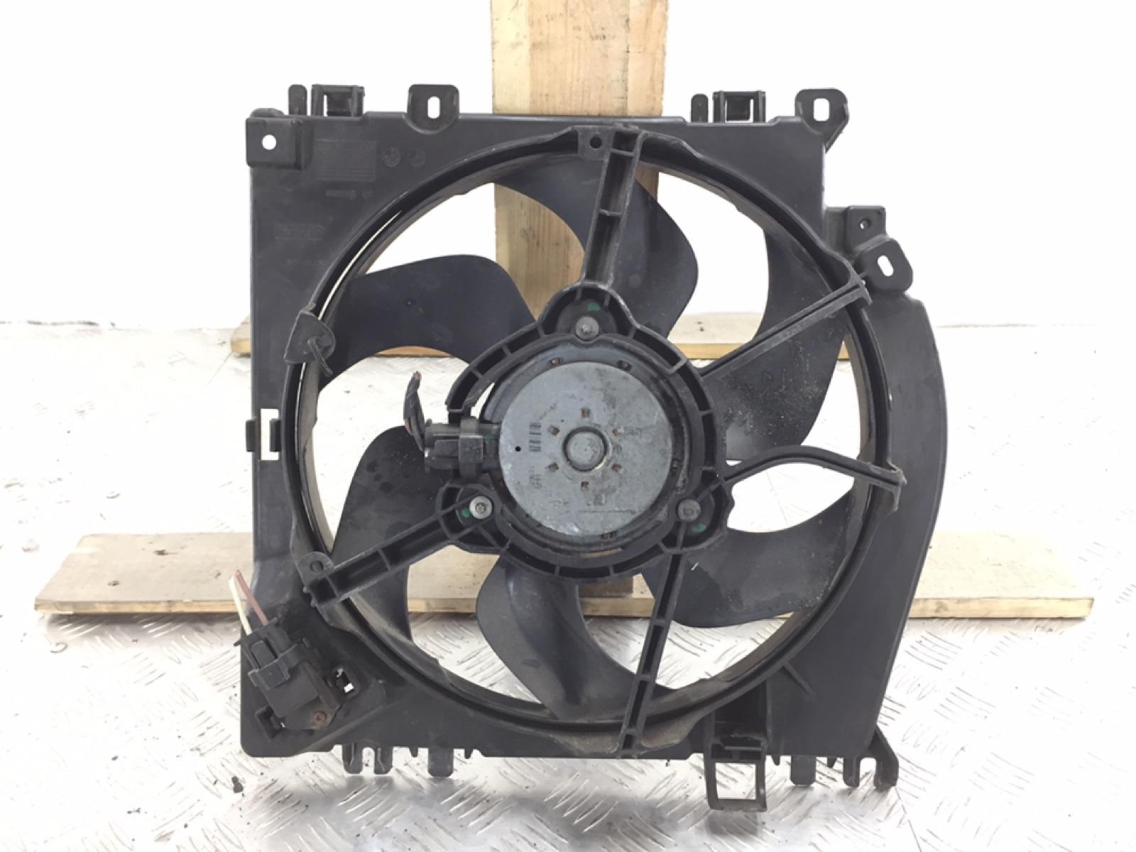Вентилятор радиатора Renault Clio 1.2 I 2010 (б/у)