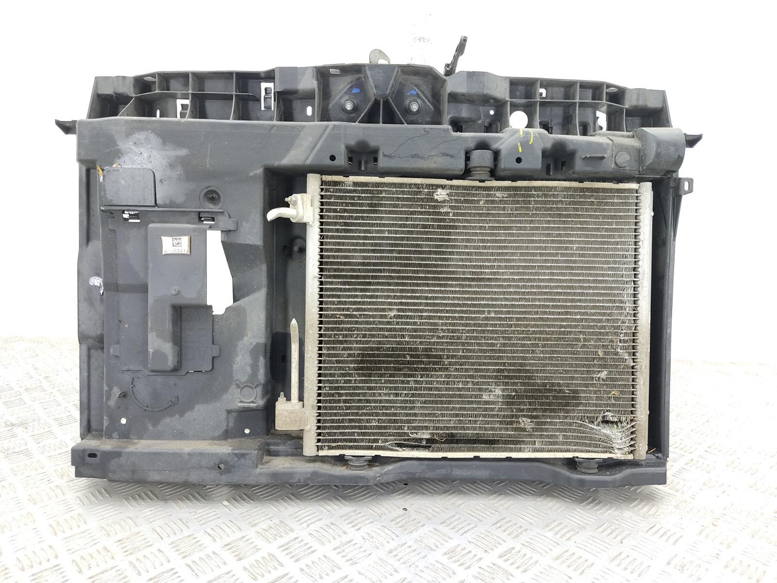 Панель передняя (телевизор) Citroen C3 1.4 I 2012 (б/у)