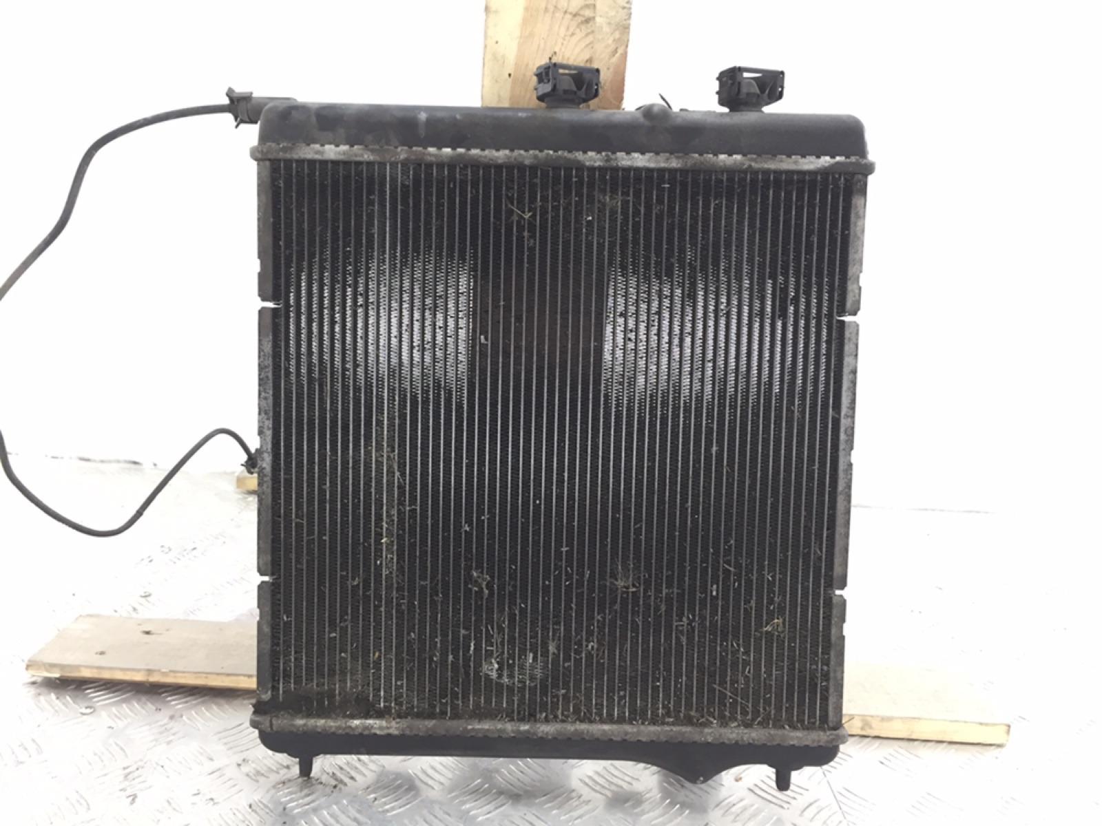 Радиатор (основной) Citroen Ds3 1.6 I 2010 (б/у)