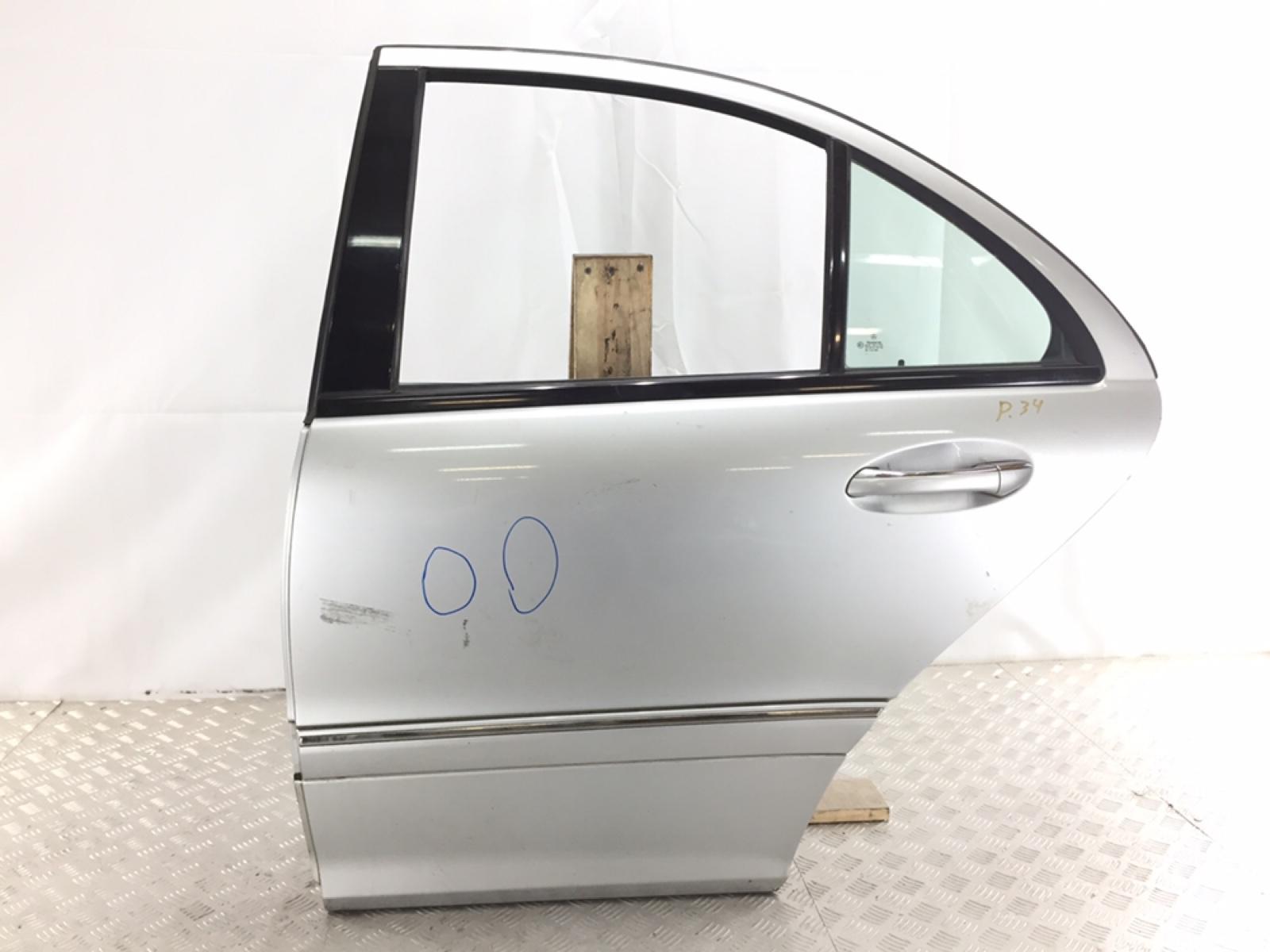 Дверь задняя левая Mercedes C W203 2.2 CDI 2002 (б/у)