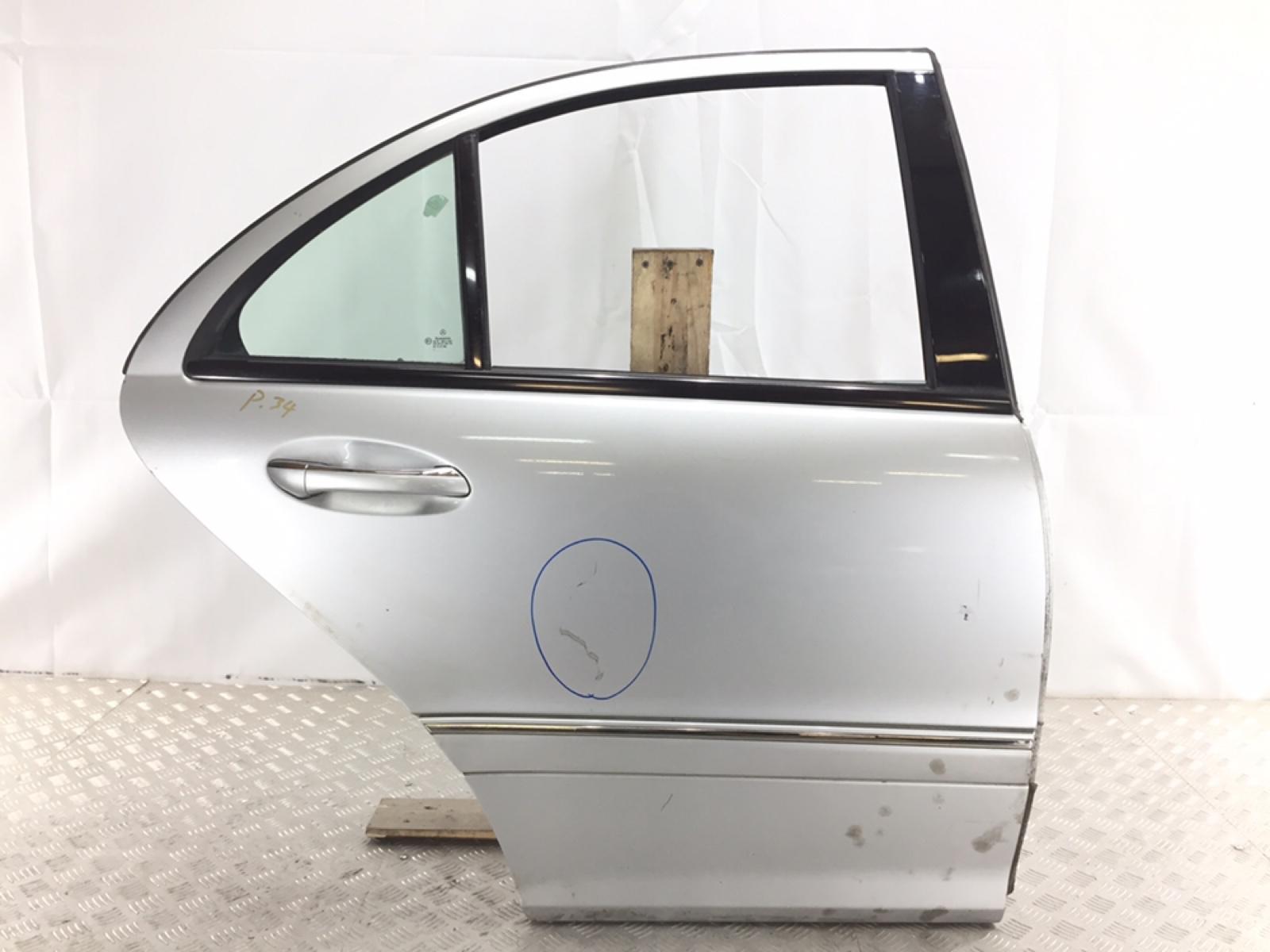 Дверь задняя правая Mercedes C W203 2.2 CDI 2002 (б/у)