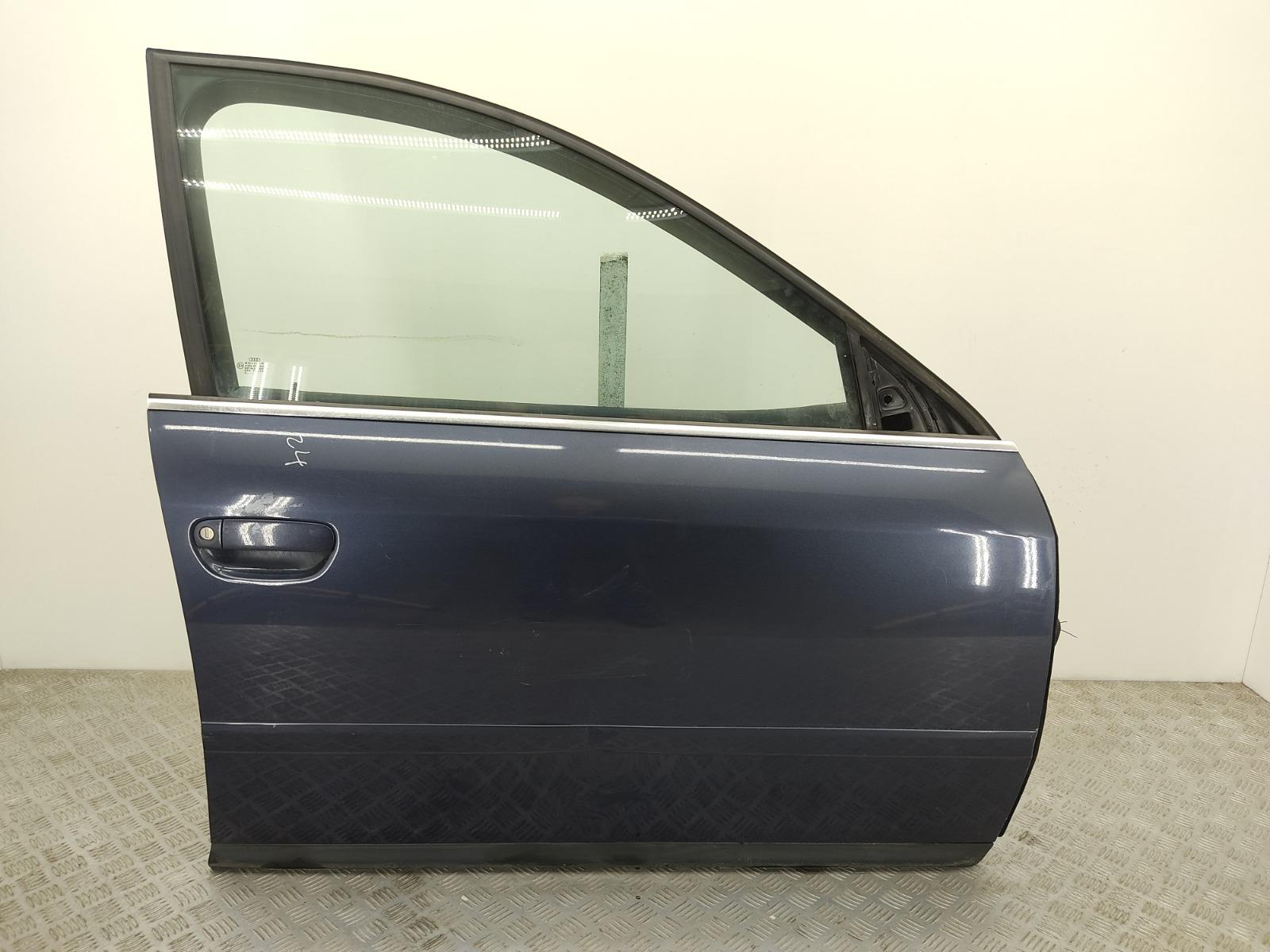 Дверь передняя правая Audi A6 C5 2.5 TDI 2002 (б/у)