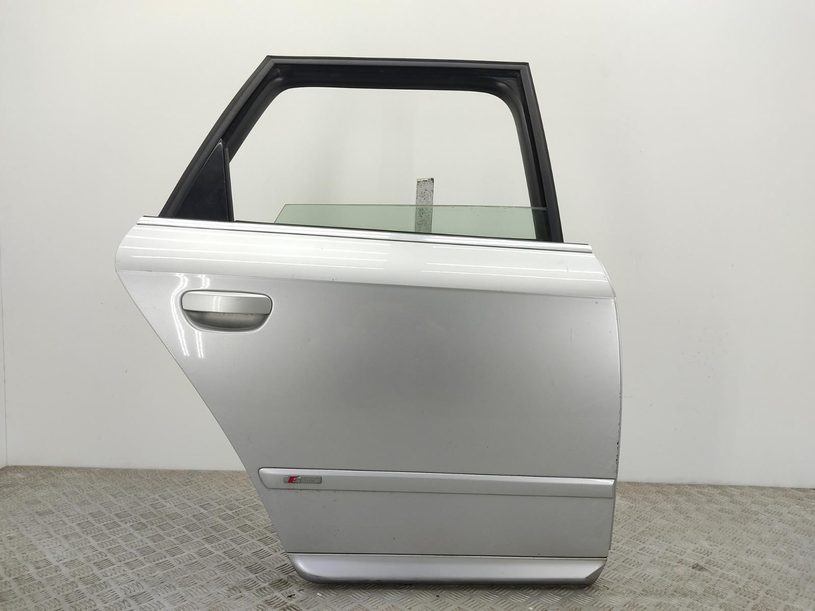 Дверь задняя правая Audi A4 B7 2.0 TDI 2006 (б/у)