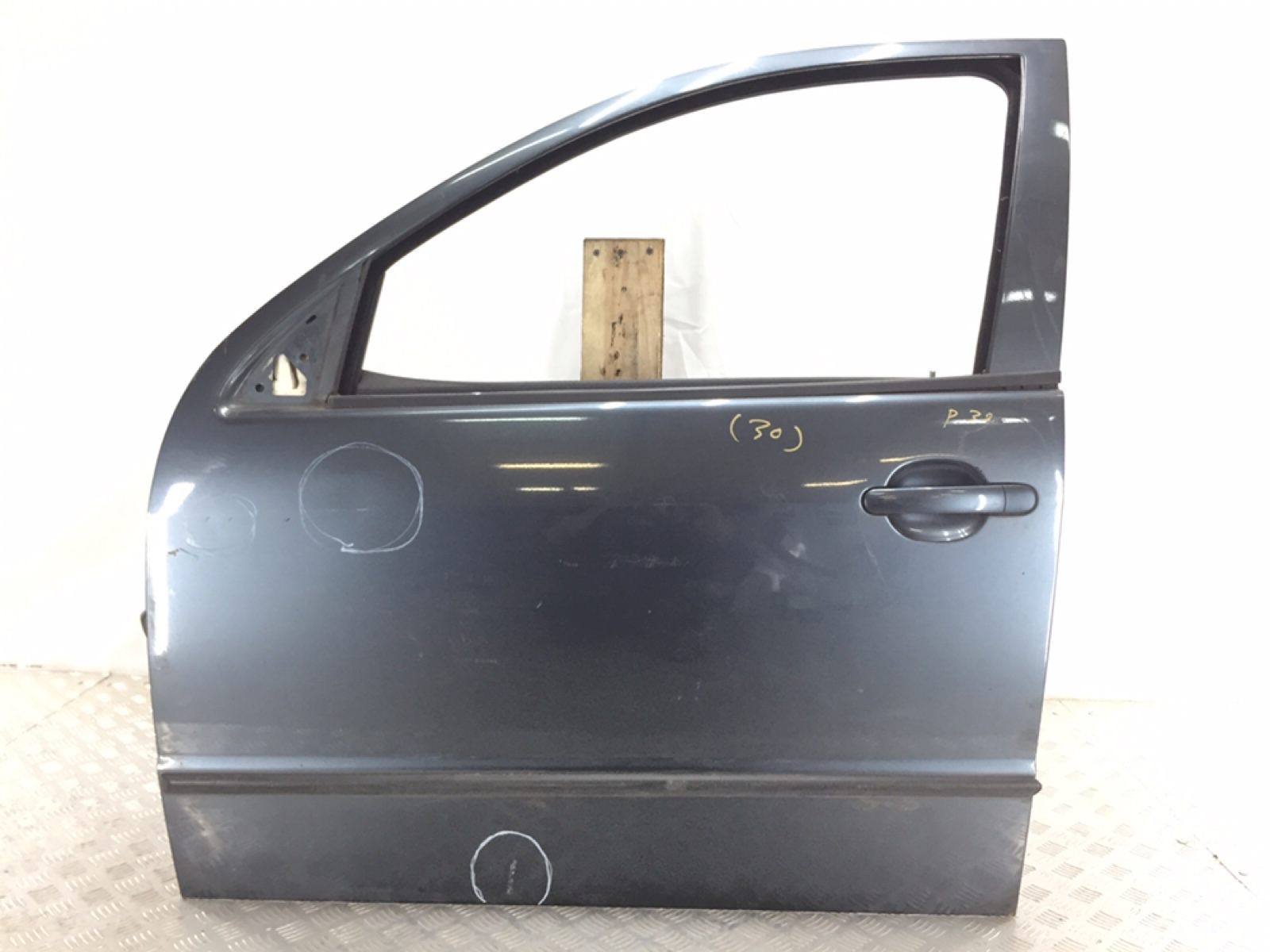Дверь передняя левая Skoda Fabia 1.9 TDI 2006 (б/у)
