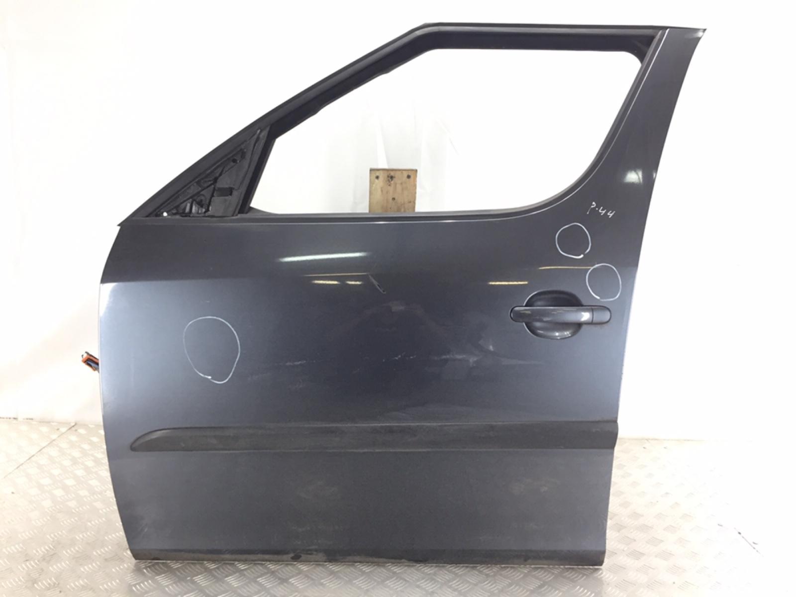 Дверь передняя левая Skoda Roomster 5J 1.4 TDI 2006 (б/у)