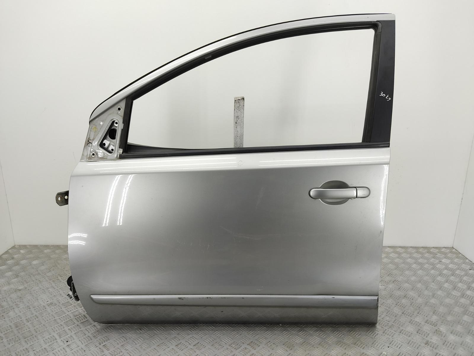 Дверь передняя левая Nissan Note E11 1.6 I 2006 (б/у)