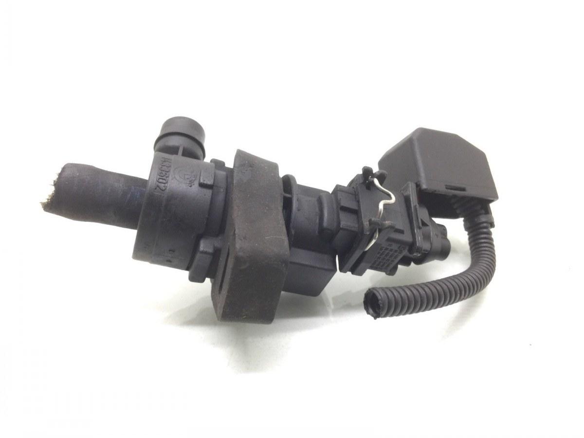 Клапан вентиляции топливного бака Bmw 5 E39 2.5 I 2001 (б/у)