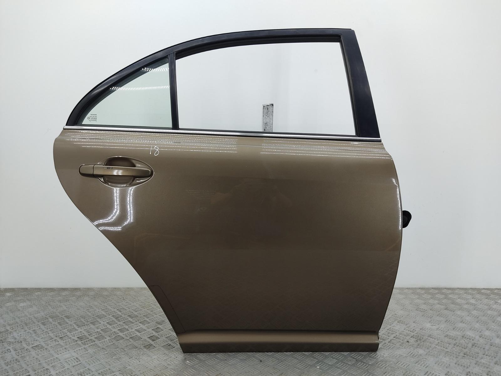 Дверь задняя правая Toyota Avensis 2.0 D-4D 2004 (б/у)
