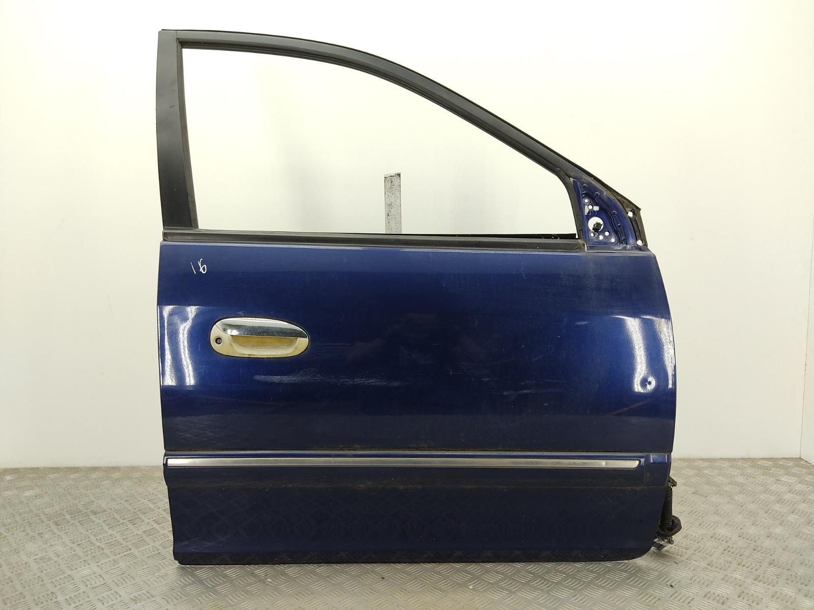 Дверь передняя правая Kia Carens 1.8 I 2004 (б/у)