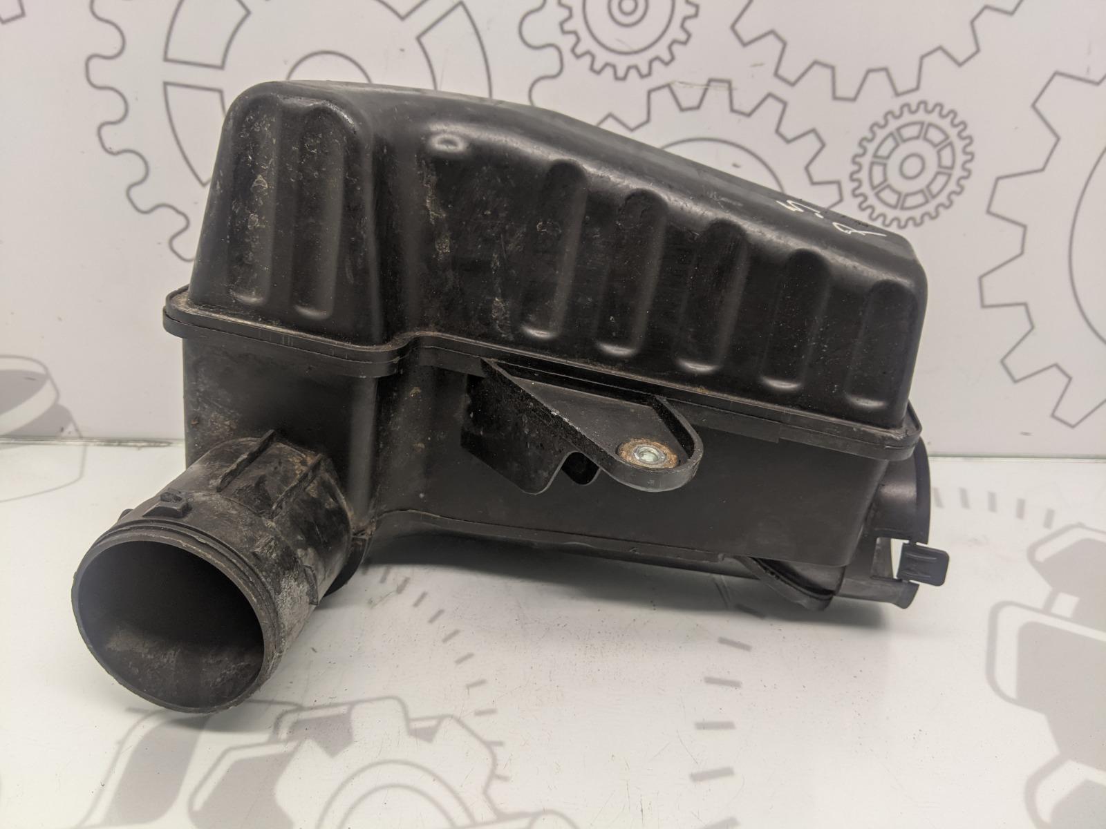 Резонатор воздушного фильтра Mini Cooper R56 1.6 I 2007 (б/у)