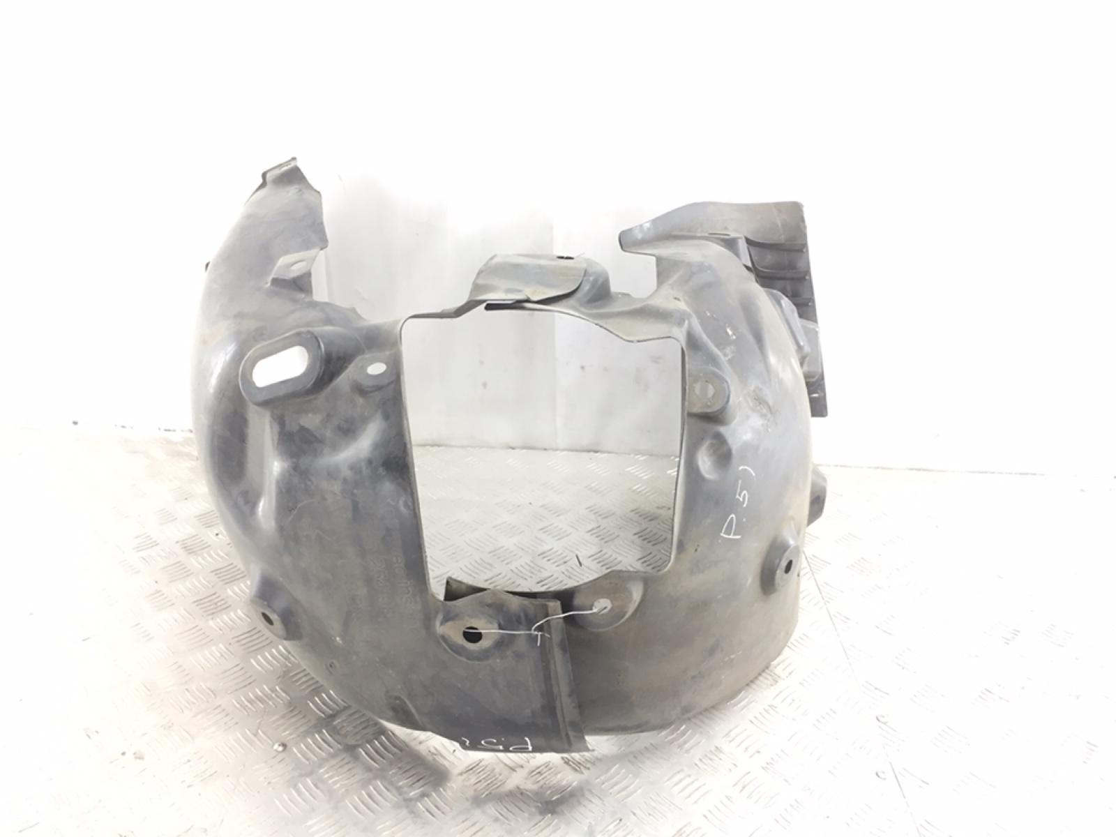 Защита арок передняя левая (подкрылок) Renault Megane 3 1.6 I 2010 (б/у)