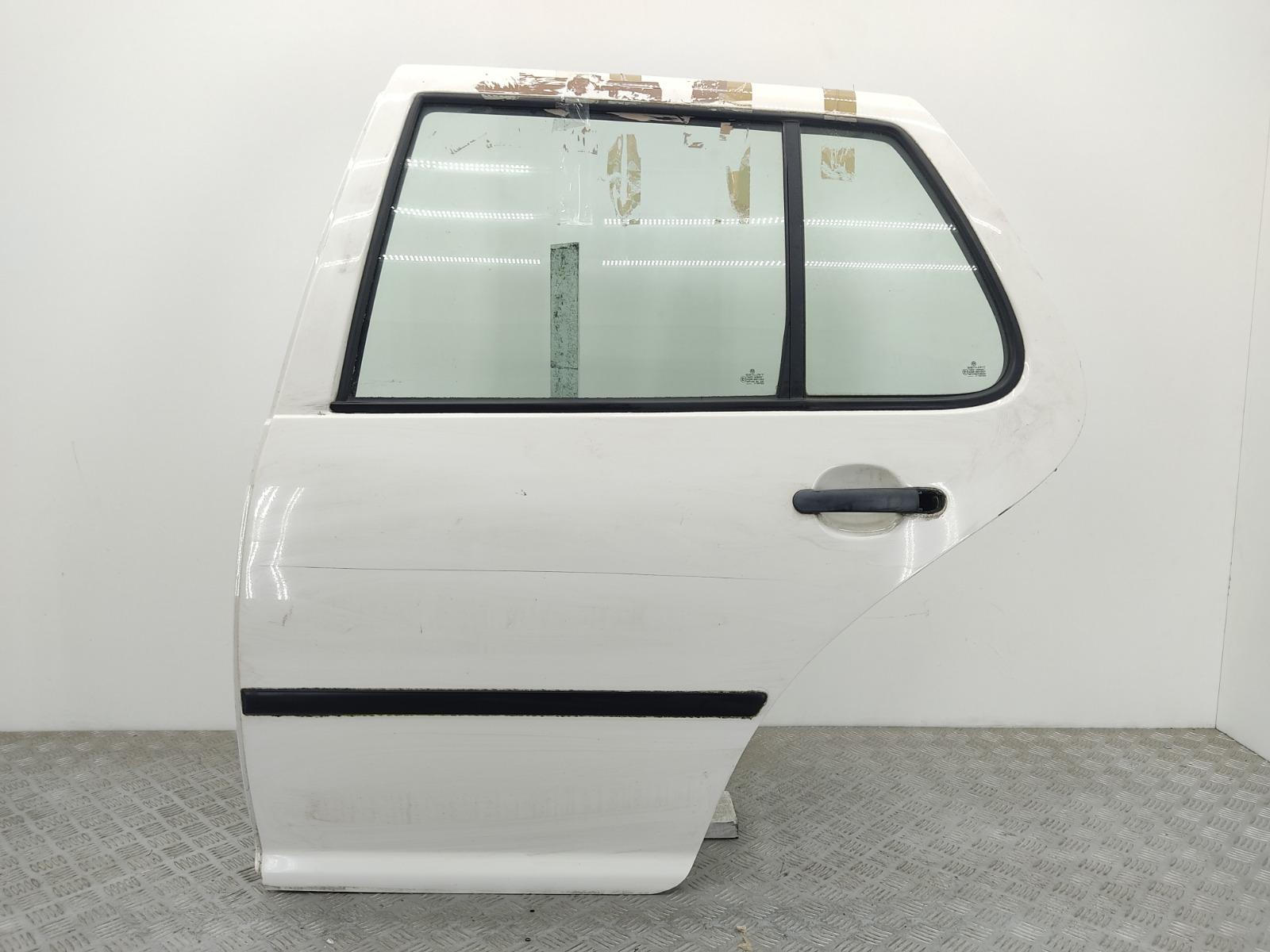 Дверь задняя левая Volkswagen Golf 4 1.6 I 2003 (б/у)