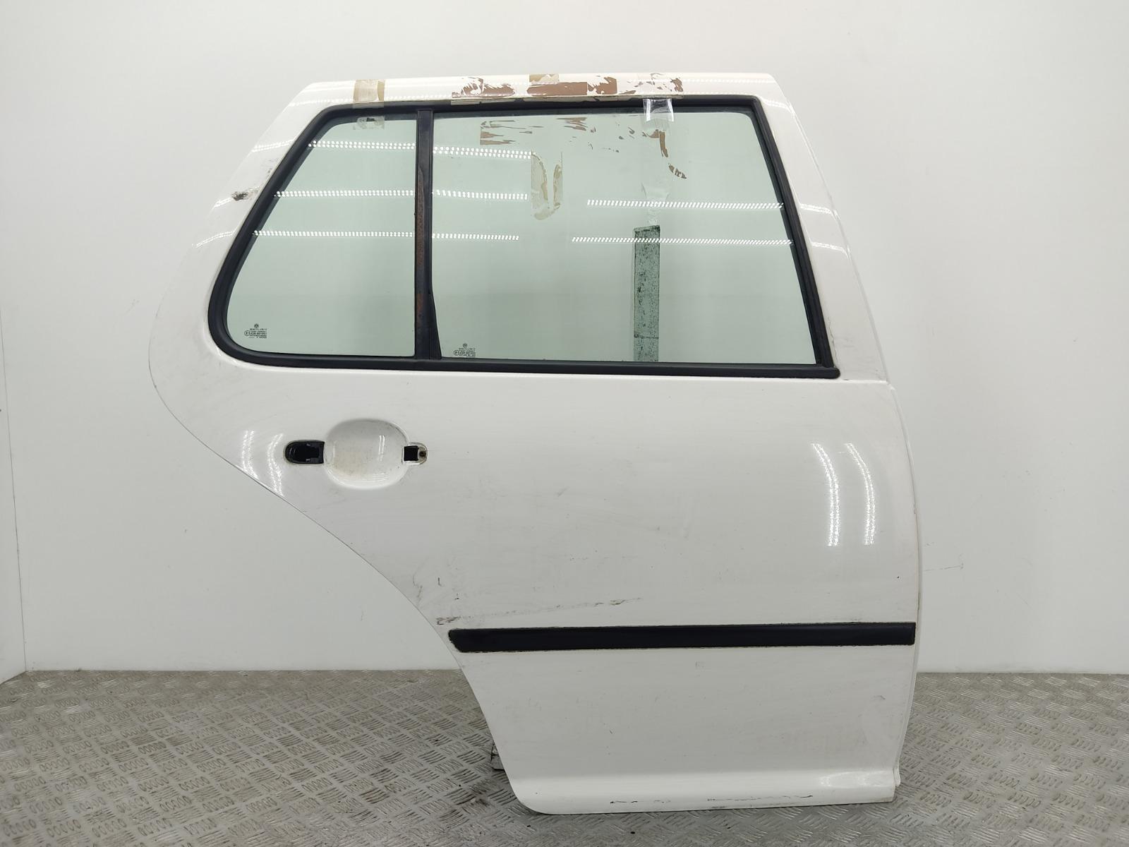 Дверь задняя правая Volkswagen Golf 4 1.6 I 2003 (б/у)