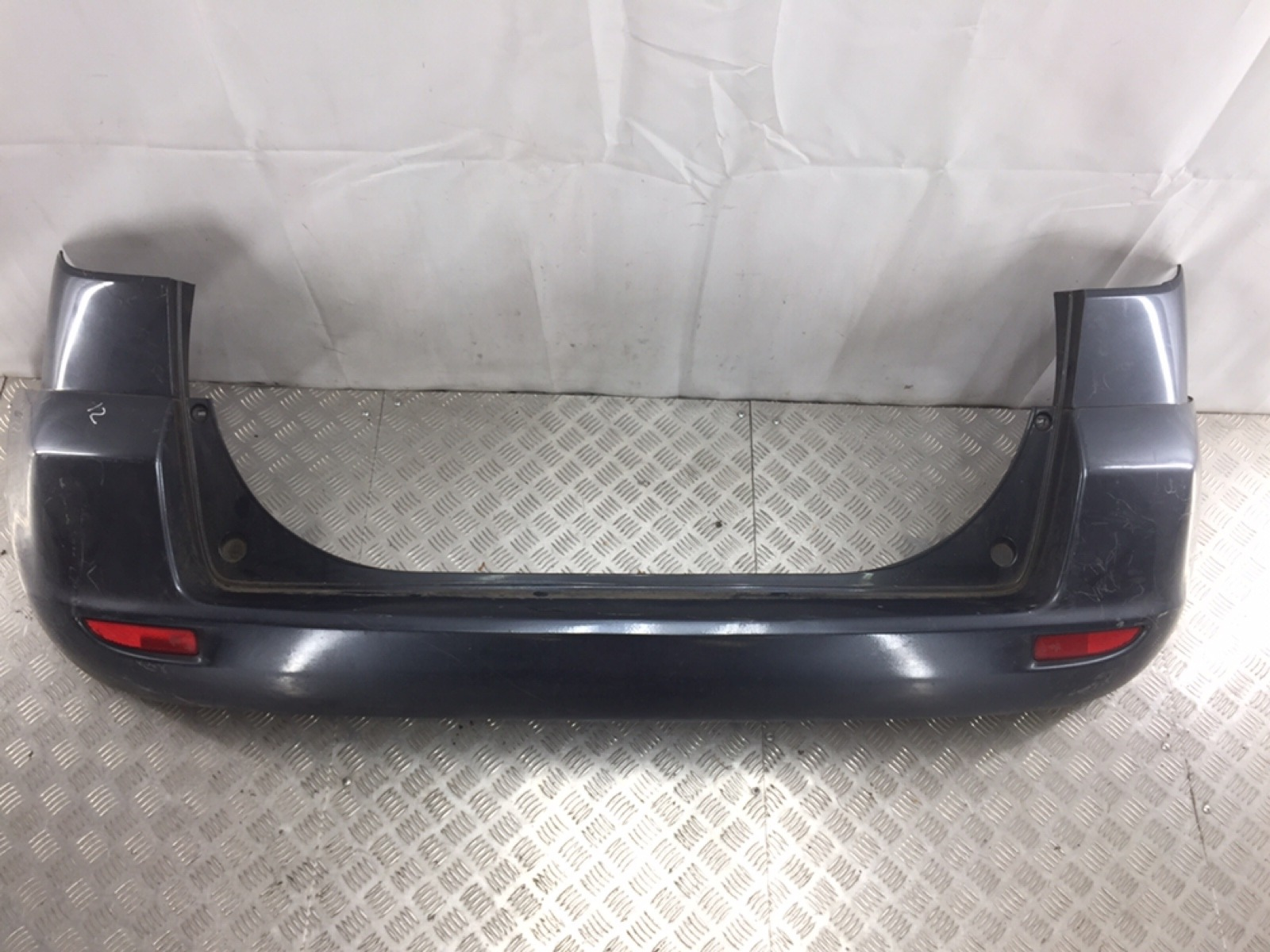 Бампер задний Mazda 2 1.4 I 2005 (б/у)