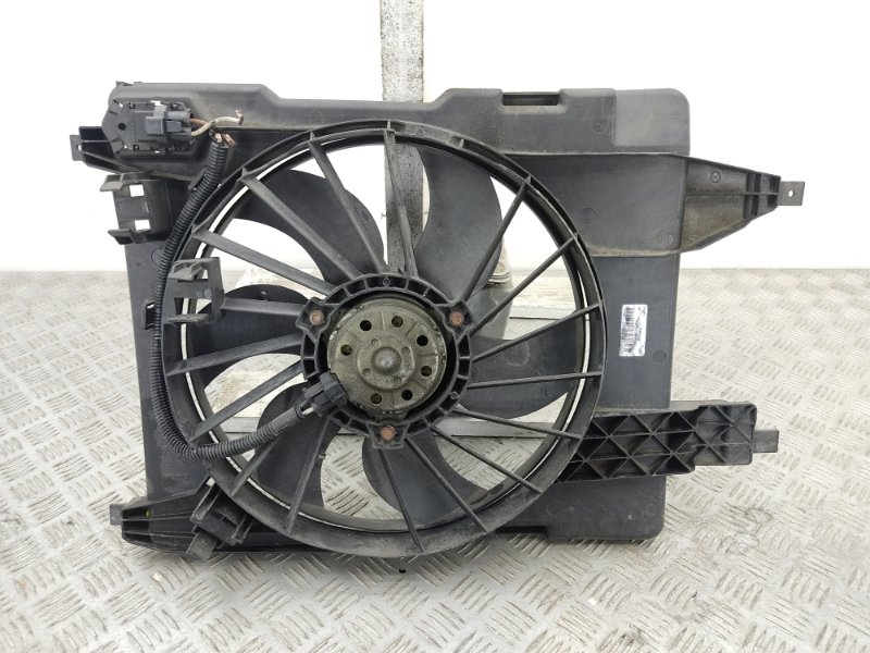 Вентилятор радиатора Renault Megane 2.0 I 2006 (б/у)