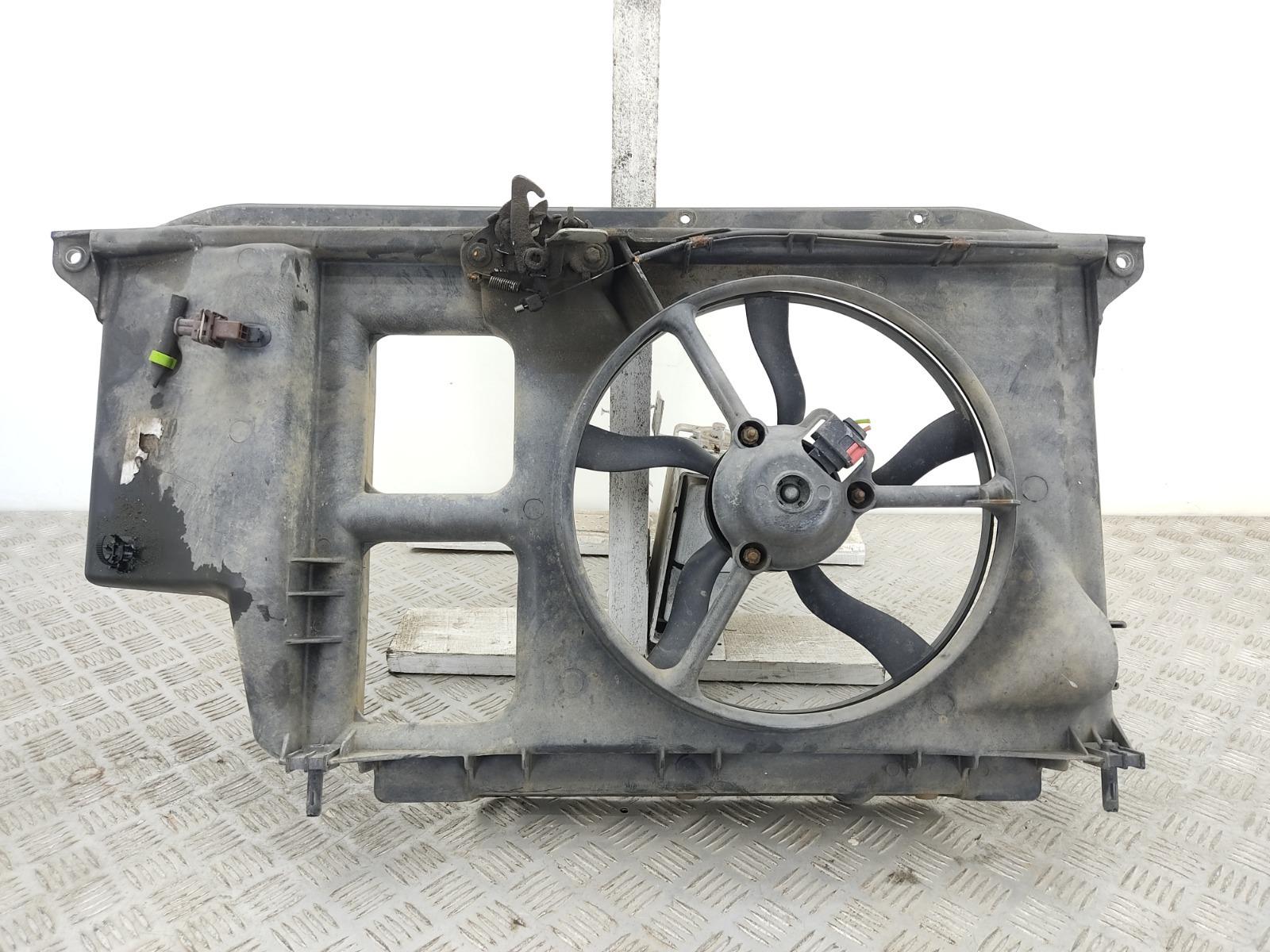 Диффузор вентилятора Peugeot 206 1.4 I 2003 (б/у)