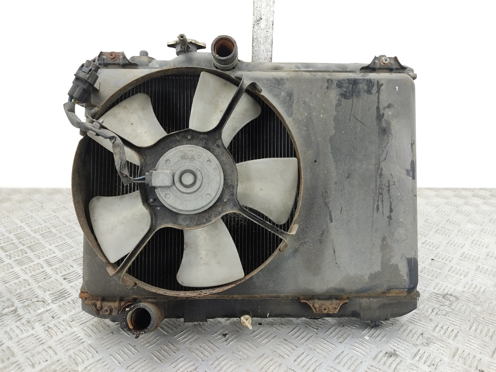Кассета радиаторов Suzuki Swift 1.5 I 2005 (б/у)