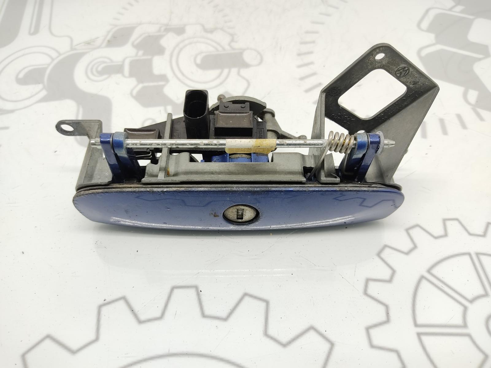 Ручка крышки багажника Volkswagen Polo 1.2 I 2007 (б/у)