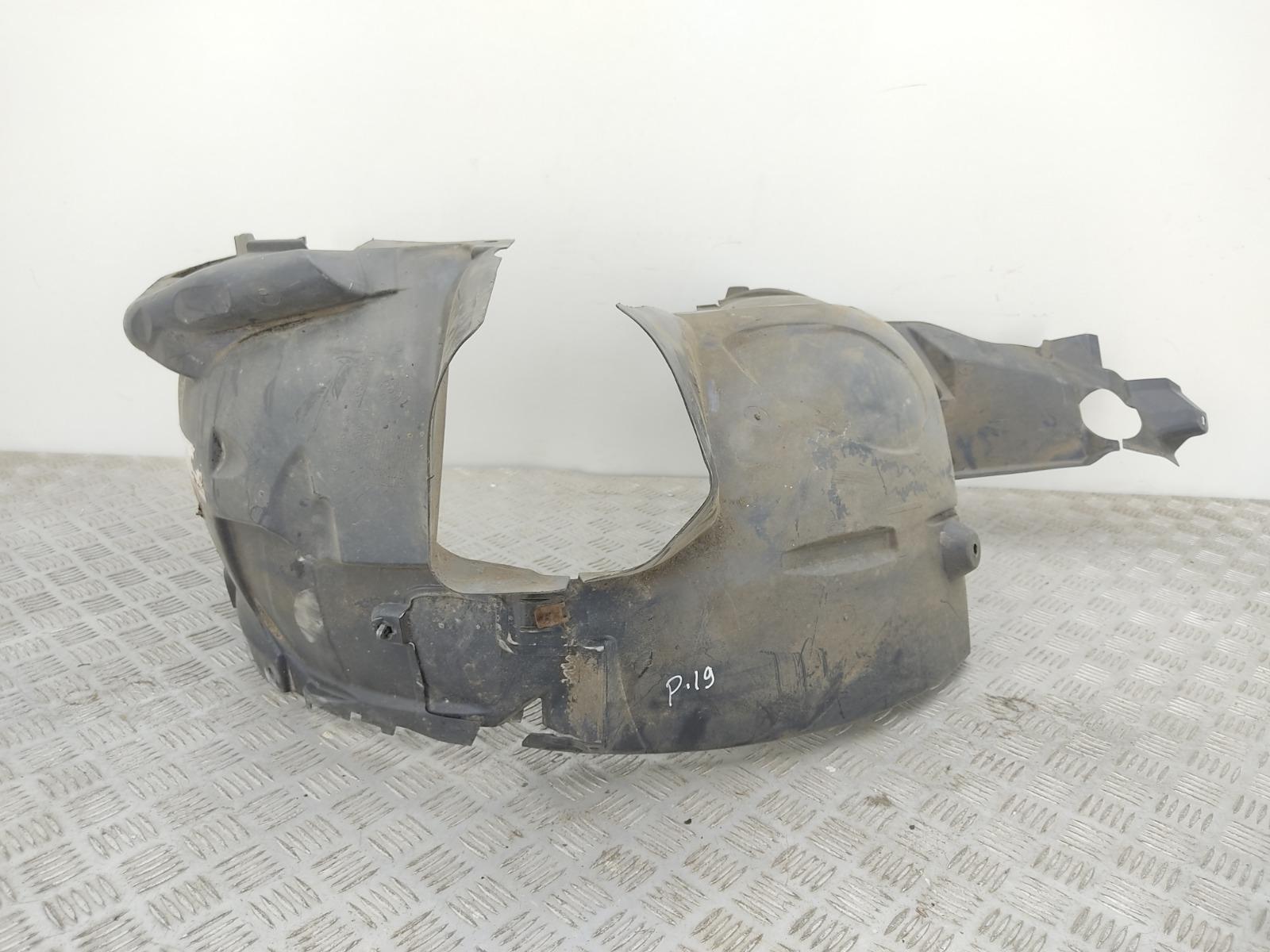 Защита арок передняя правая (подкрылок) Mercedes A W169 1.5 I 2005 (б/у)