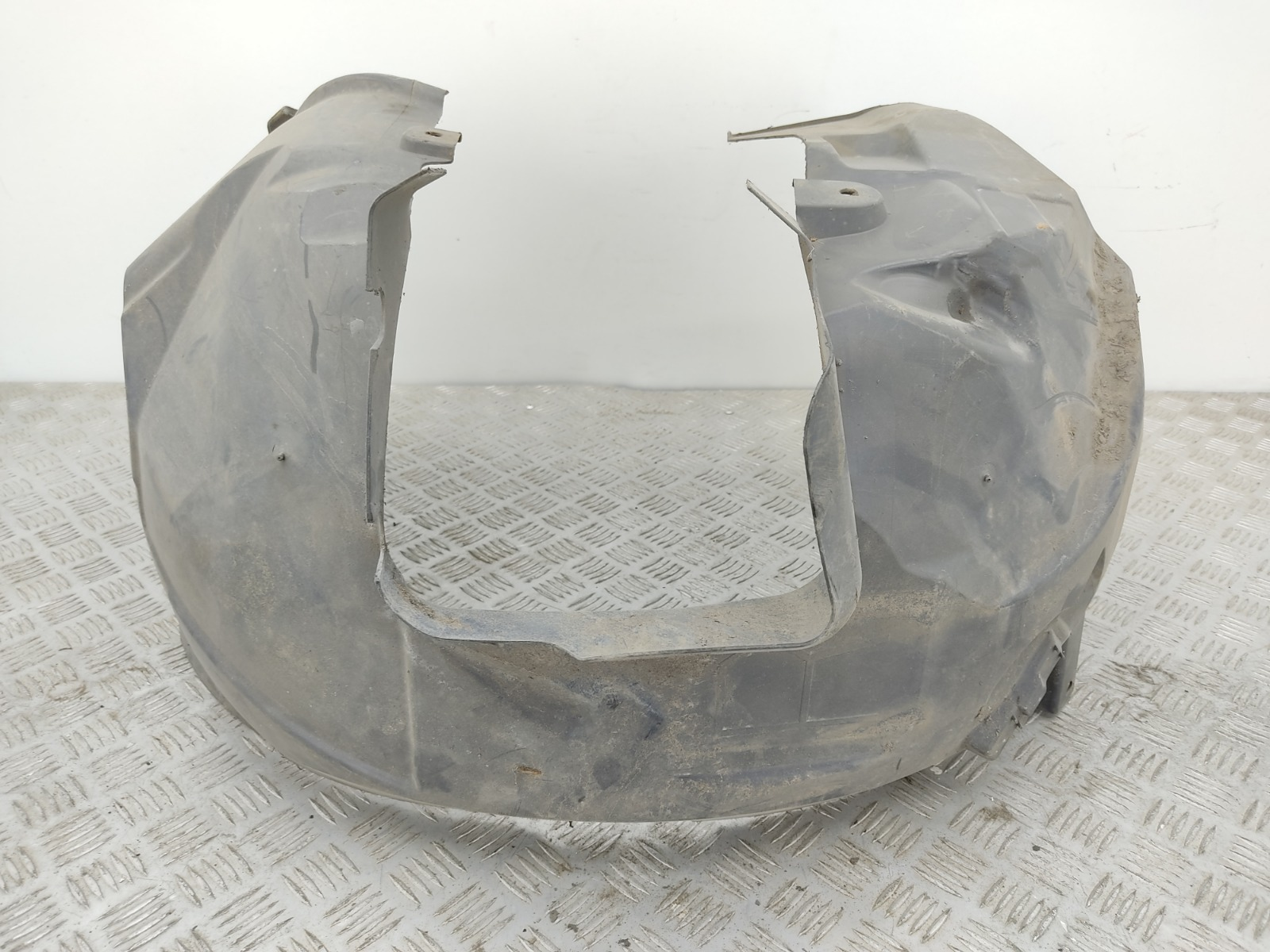 Защита арок передняя правая (подкрылок) Ford Mondeo 2.0 TDCI 2007 (б/у)
