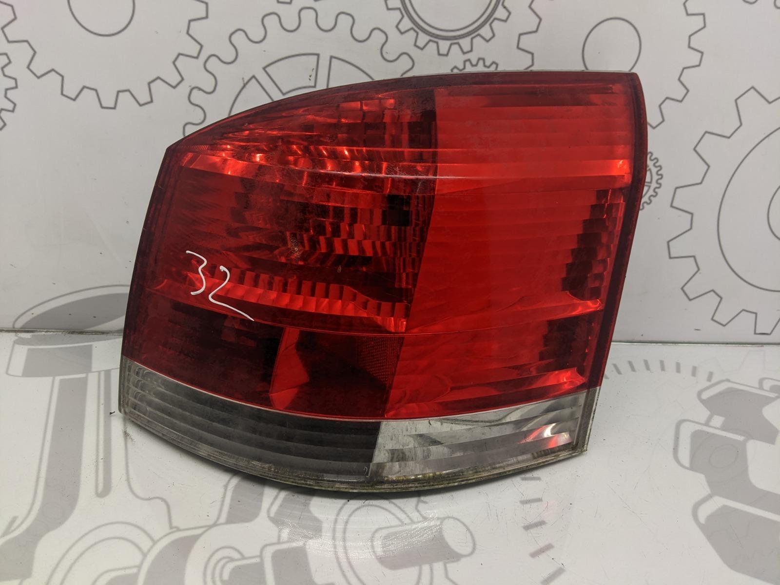Фонарь задний правый Opel Signum 3.0 CDTI 2003 (б/у)