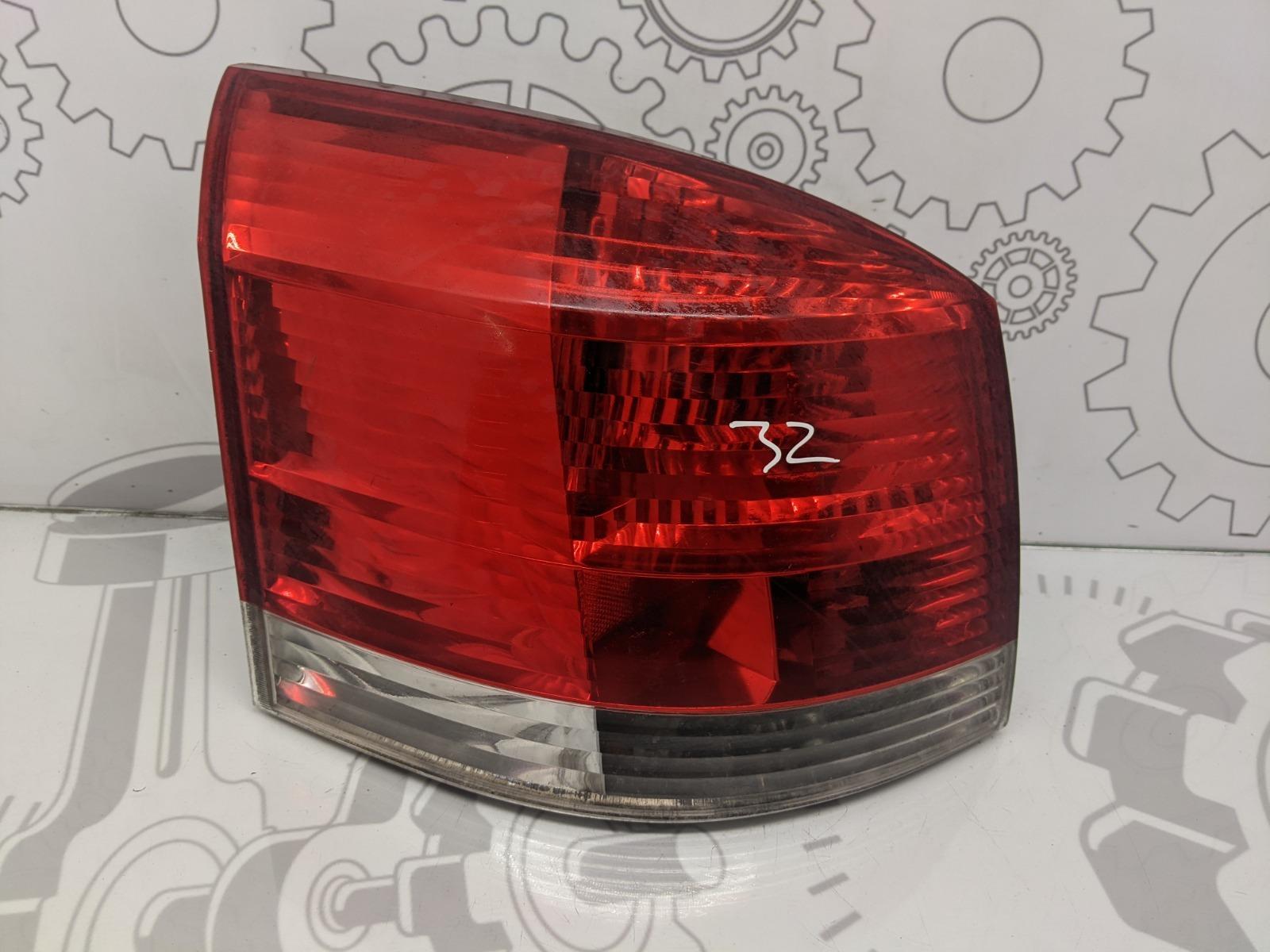 Фонарь задний левый Opel Signum 3.0 CDTI 2003 (б/у)