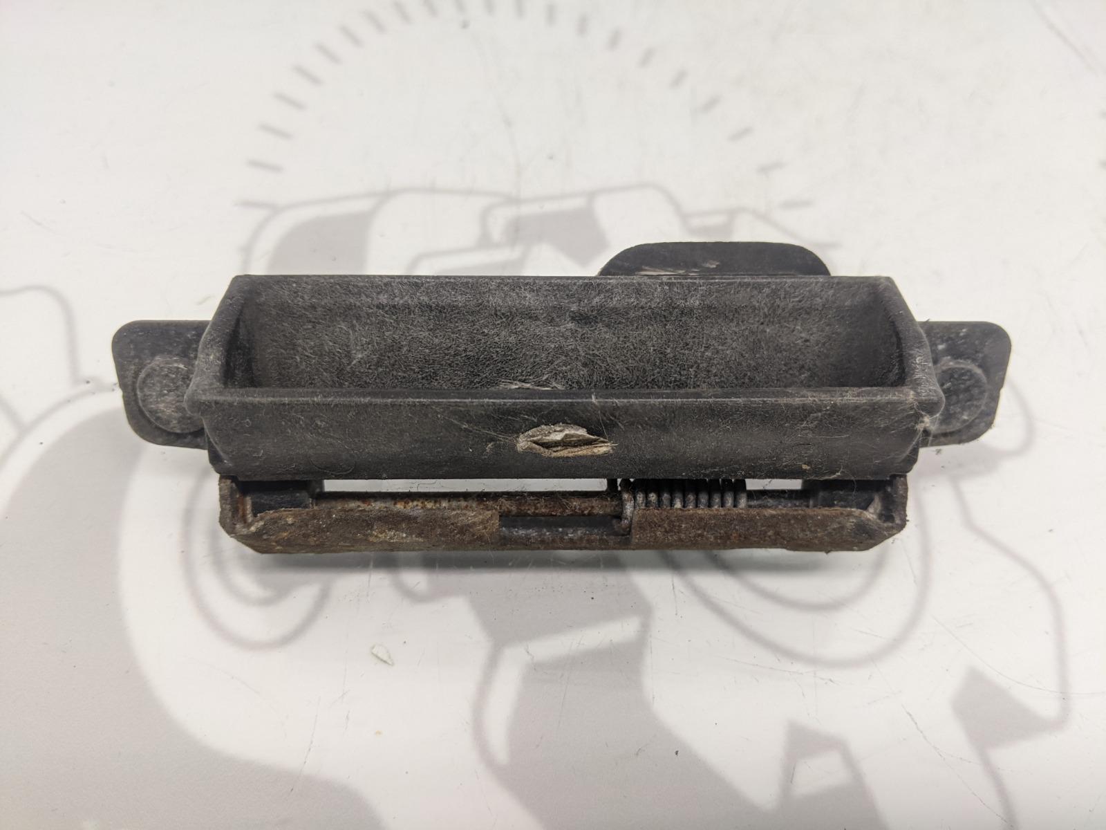 Ручка крышки багажника Mazda 6 2.0 I 2007 (б/у)