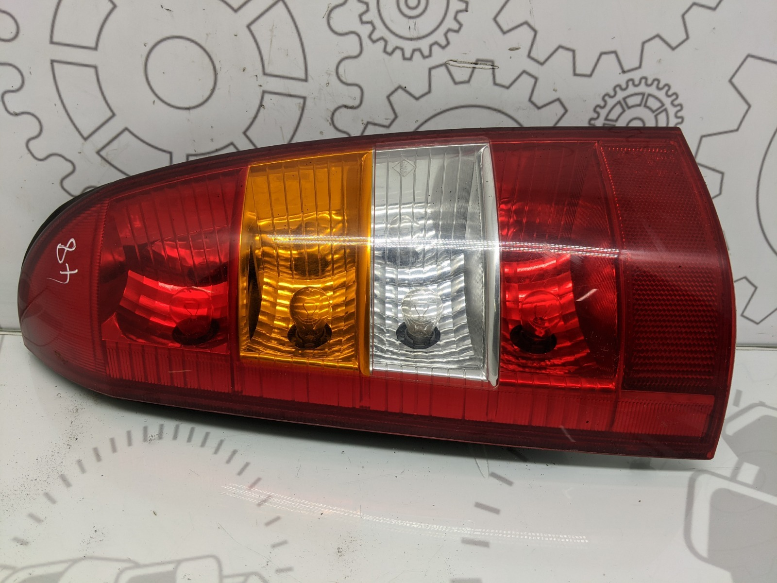Фонарь задний левый Opel Astra G 1.6 I 2003 (б/у)