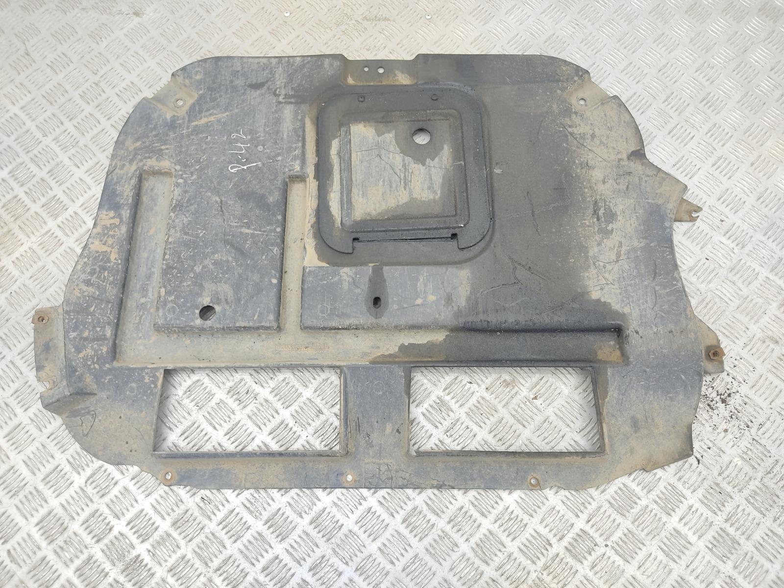 Защита двигателя Chrysler Pt-Cruiser 2.2 CRD 2005 (б/у)