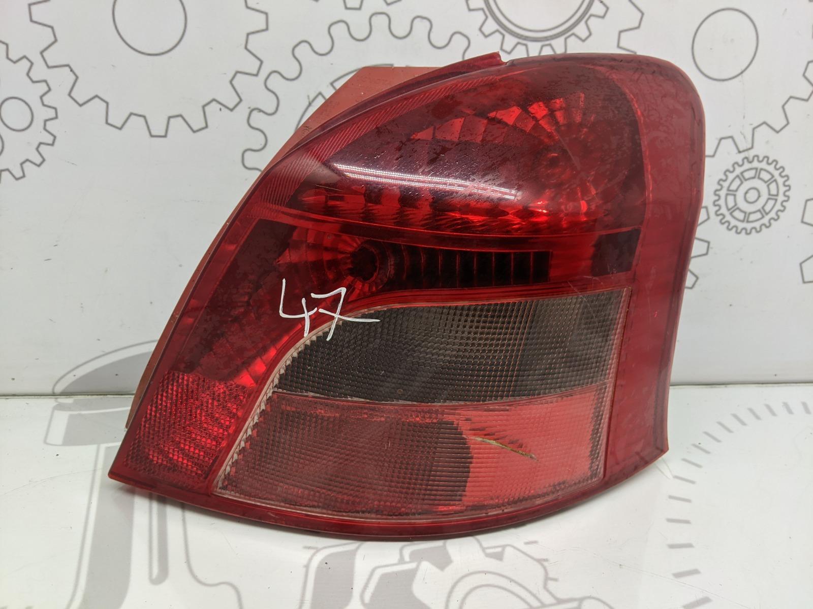 Фонарь задний правый Toyota Yaris XP9 1.0 I 2006 (б/у)