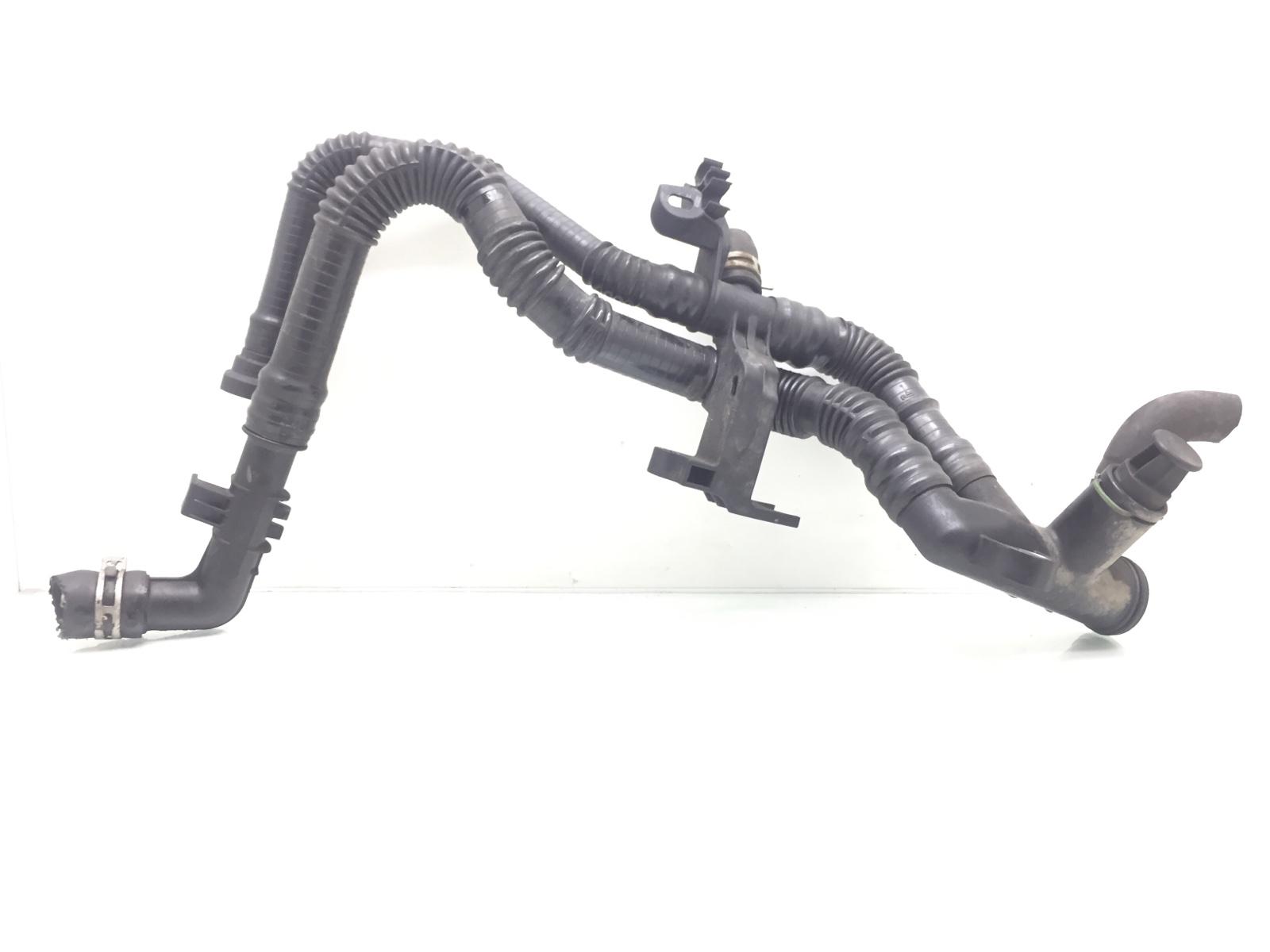Трубка охлаждающей жидкости пластиковая Citroen Xsara Picasso 1.6 HDI 2007 (б/у)