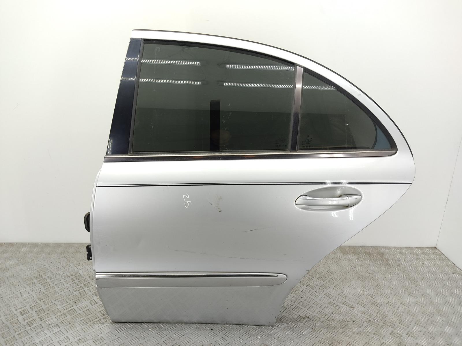 Дверь задняя левая Mercedes E W211 2.7 CDI 2005 (б/у)