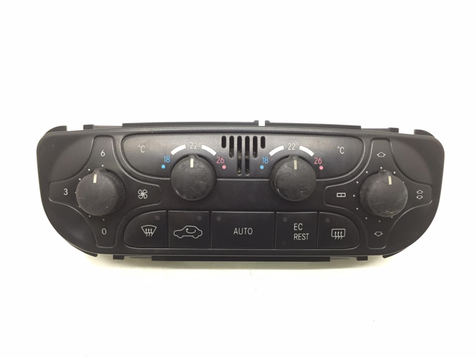Блок управления печки/климат-контроля Mercedes C W203 2.2 CDI 2002 (б/у)