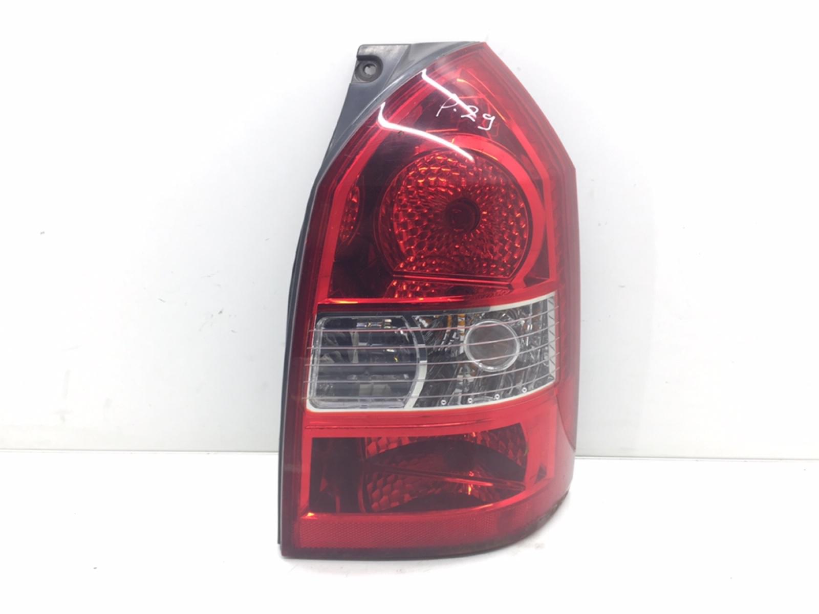 Фонарь задний правый Hyundai Tucson 2.0 CRDI 2005 (б/у)