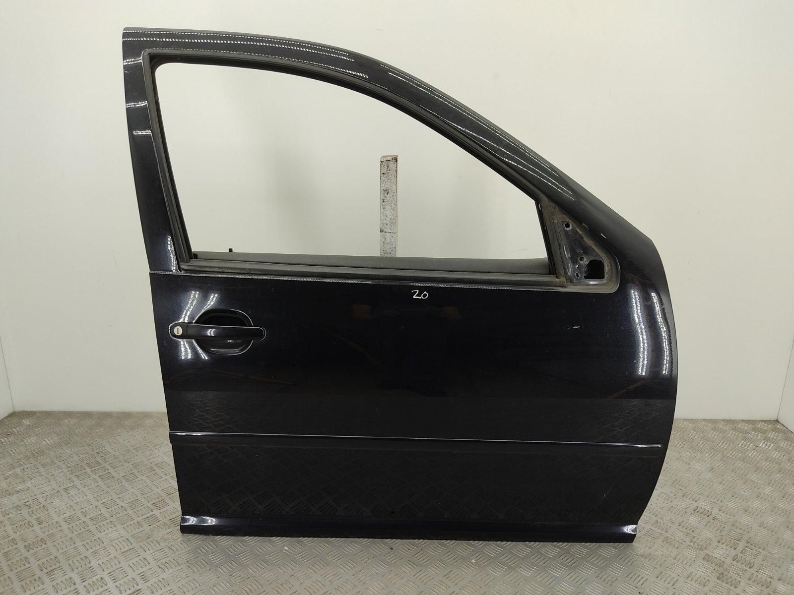 Дверь передняя правая Volkswagen Golf 4 2.3 I 2002 (б/у)