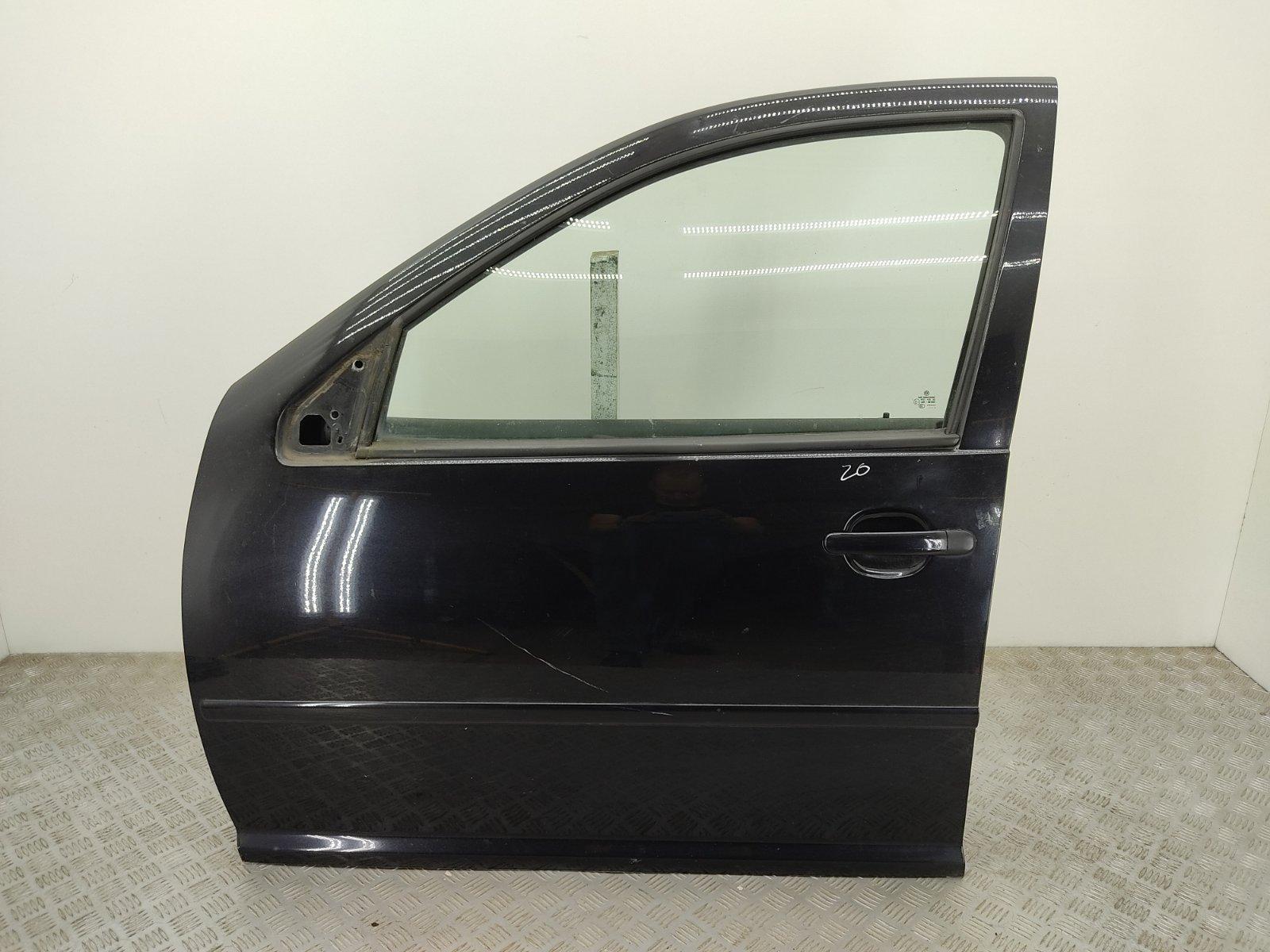 Дверь передняя левая Volkswagen Golf 4 2.3 I 2002 (б/у)