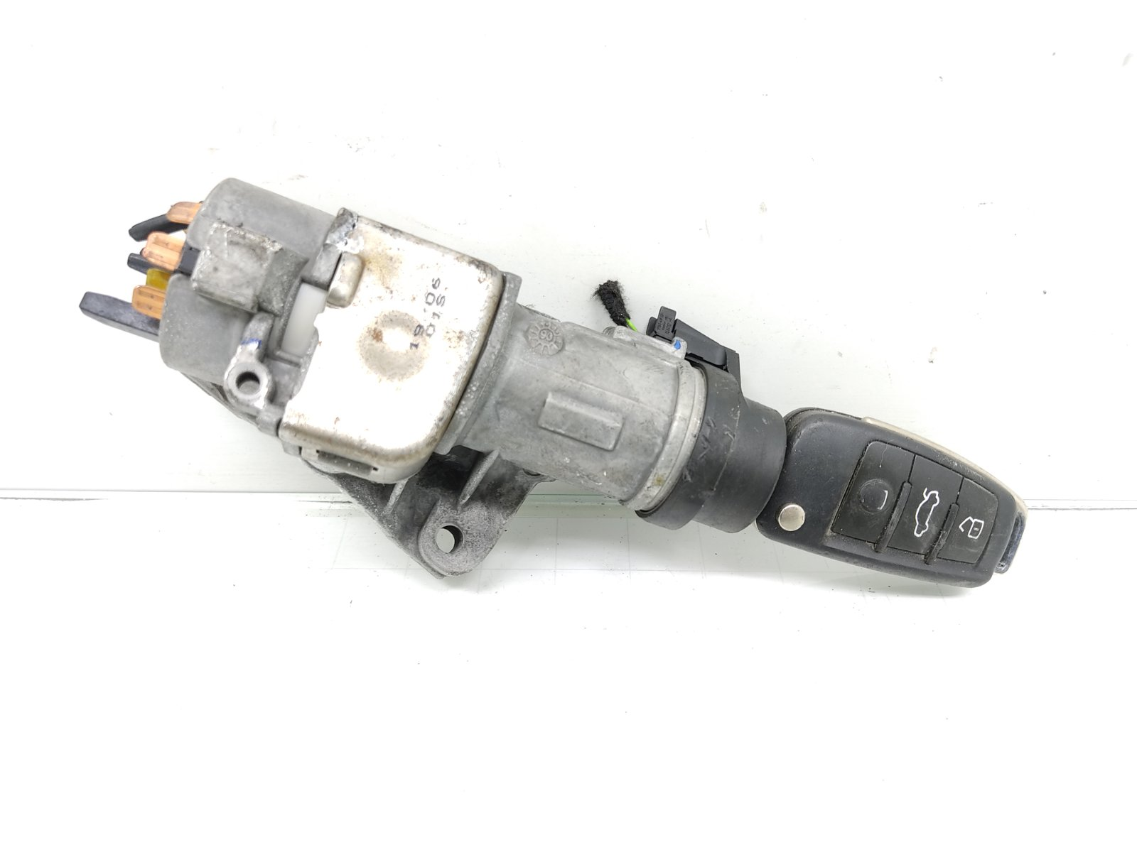 Замок зажигания Audi A4 B7 2.0 TDI 2006 (б/у)