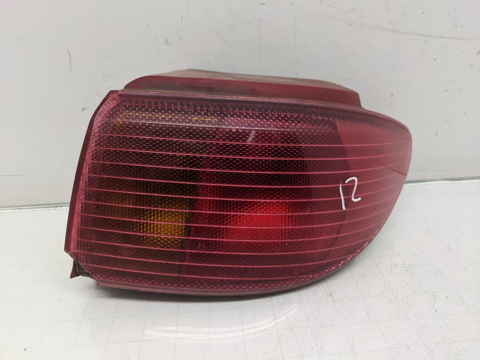 Фонарь задний правый Mazda 2 1.4 I 2005 (б/у)