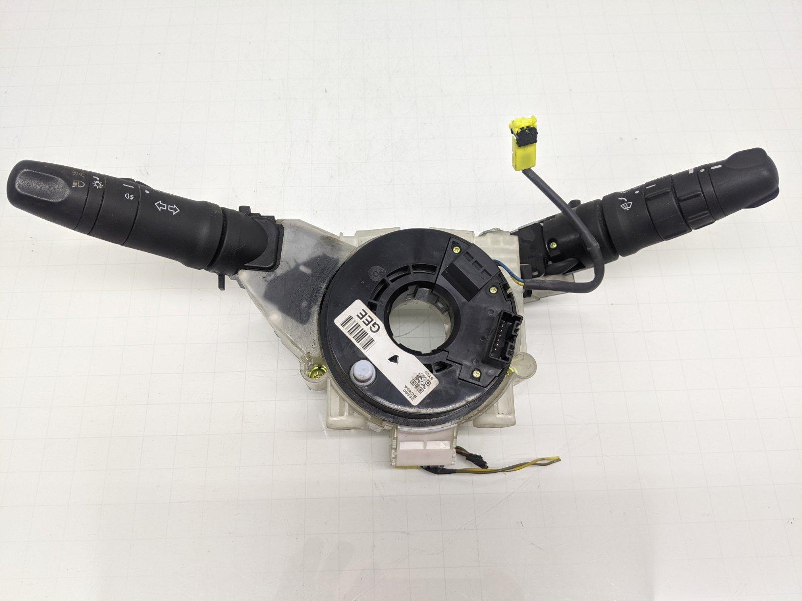 Переключатель подрулевой (стрекоза) Nissan Micra K12 1.2 I 2007 (б/у)