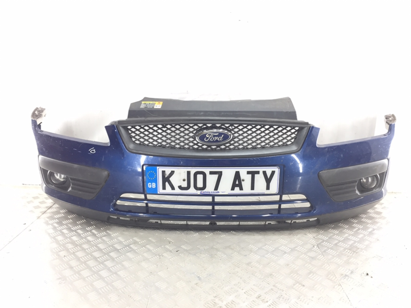 Бампер передний Ford Focus 1.6 I 2007 (б/у)