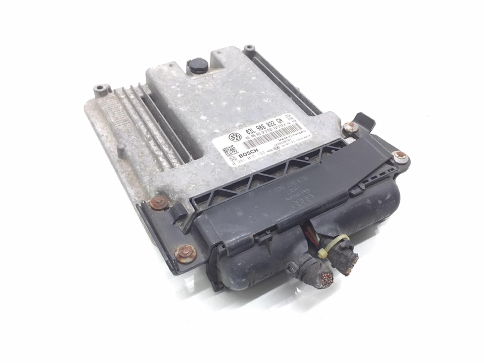 Блок управления двигателем Seat Leon 2.0 TDI 2010 (б/у)