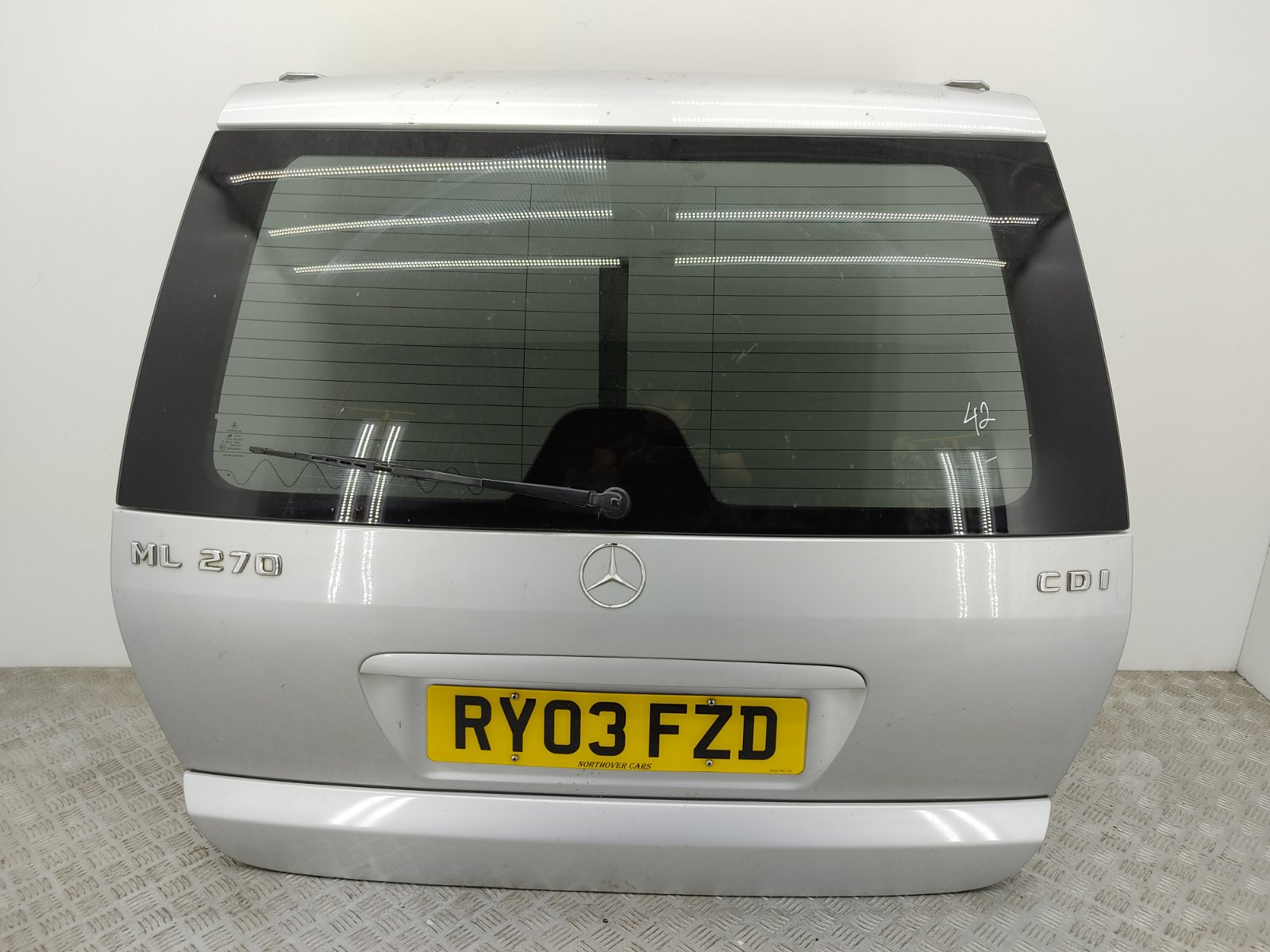 Крышка багажника Mercedes Ml W163 2.7 CDI 2003 (б/у)