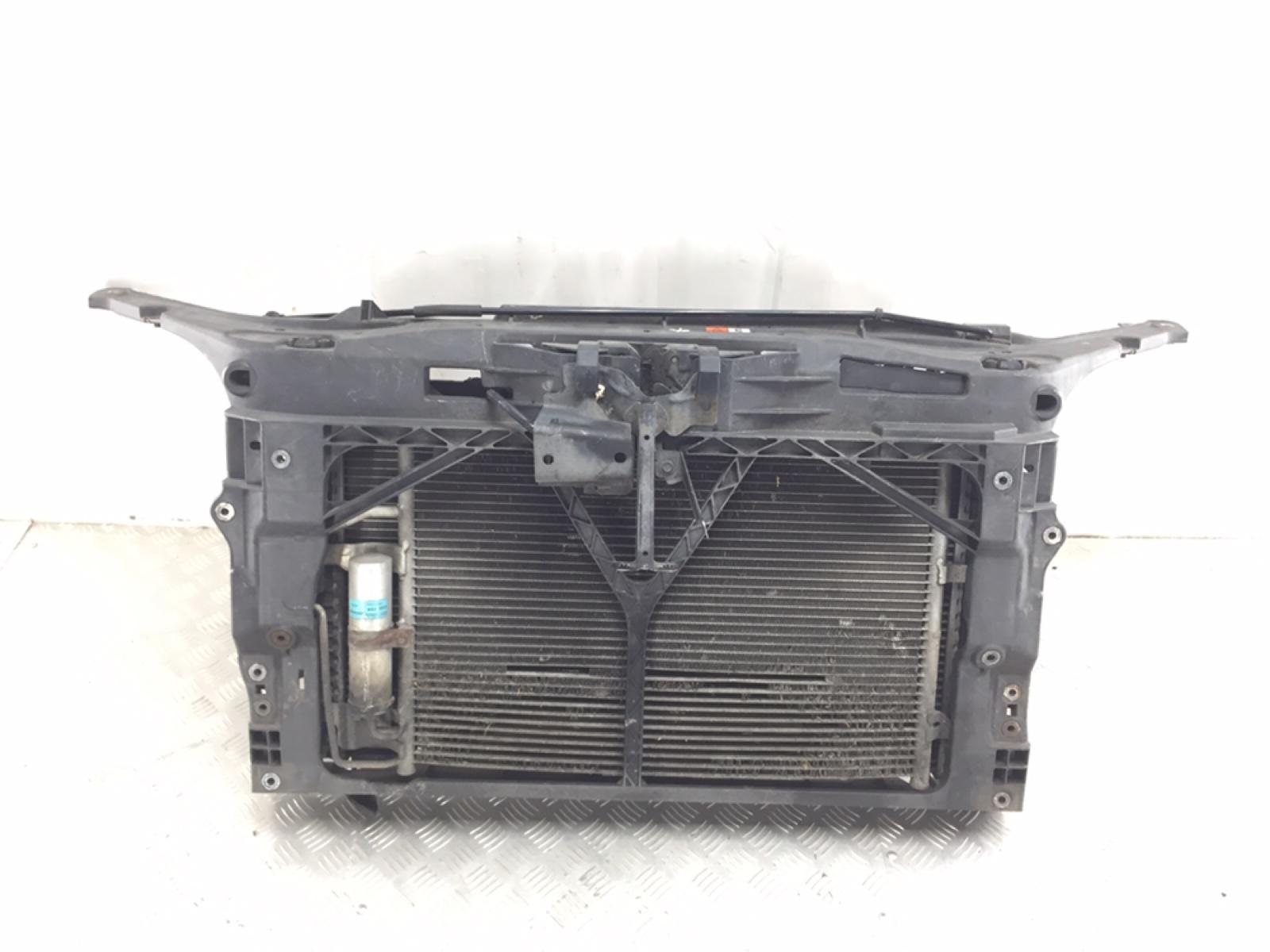 Панель передняя (телевизор) Mazda 3 BK 1.6 I 2008 (б/у)